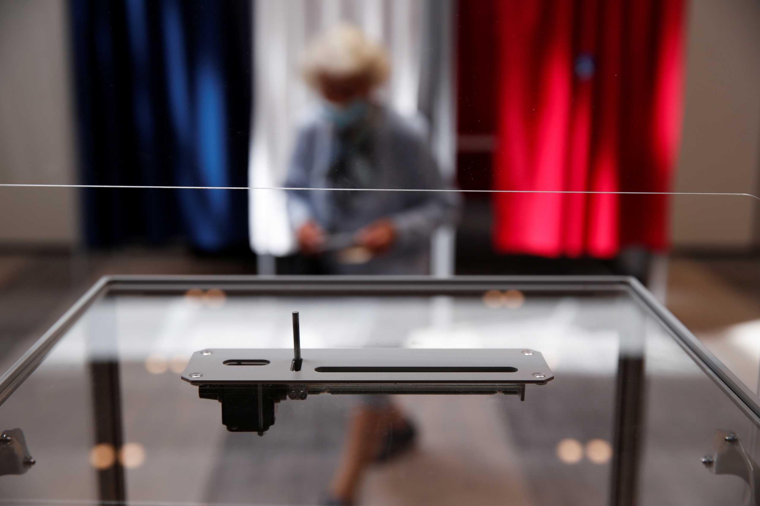 Γαλλία: Δεύτερος γύρος περιφερειακών εκλογών