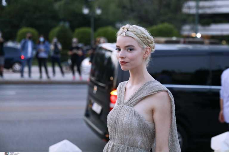 Dior: Η λαμπερή Πρόεδρος, η «Βασίλισσα» και οι γαλαζοαίματοι προσκεκλημένοι που γέμισαν το Καλλιμάρμαρο