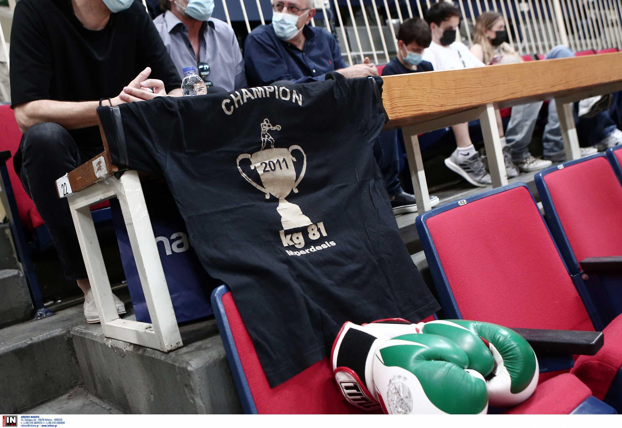 Παναθηναϊκός: Πράσινα γάντια στο ΟΑΚΑ προς τιμήν του Μπερδέση