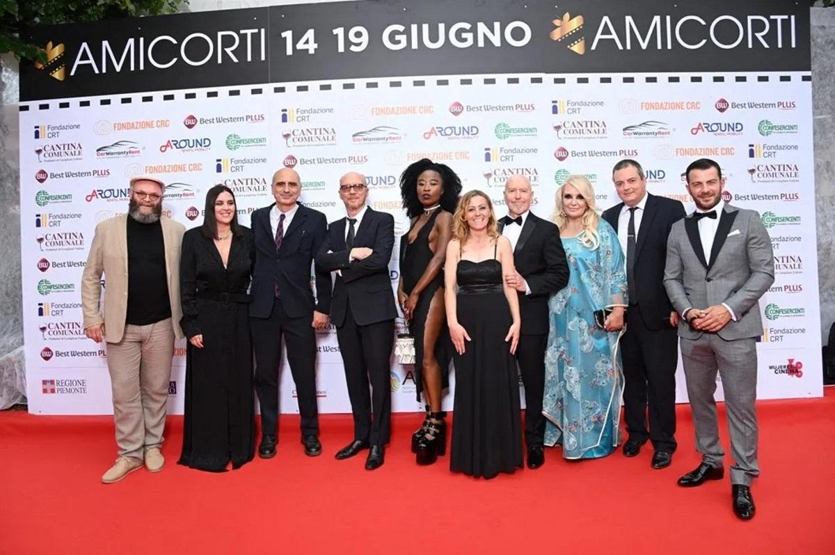Με αστέρες του Hollywood και ελληνική παρουσία το διεθνές φεστιβάλ AmiCorti