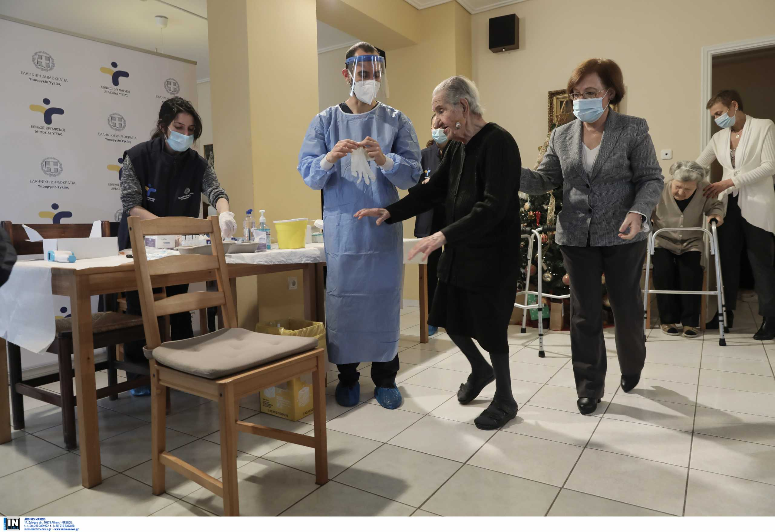 Κορονοϊός: Σε αναστολή και έξι ανεμβολίαστοι εργαζόμενοι σε προνοιακές δομές στη Ρόδο