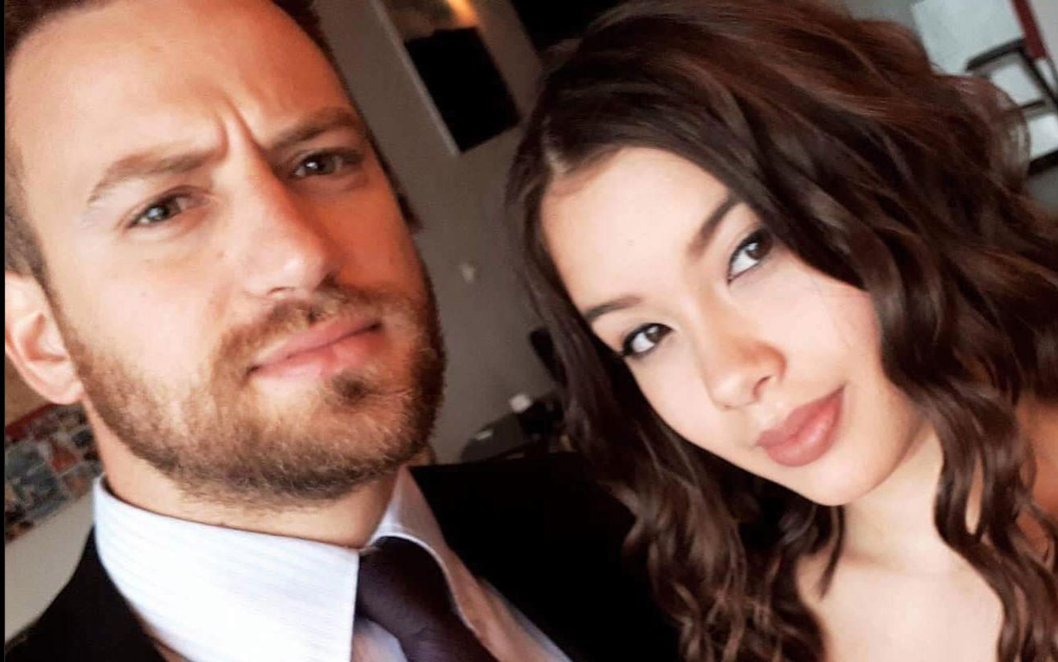 Γλυκά Νερά: Η Daily Mail αποκαλύπτει κρυφό ημερολόγιο της άτυχης Κάρολαϊν – «Είναι επικίνδυνος» έγραφε