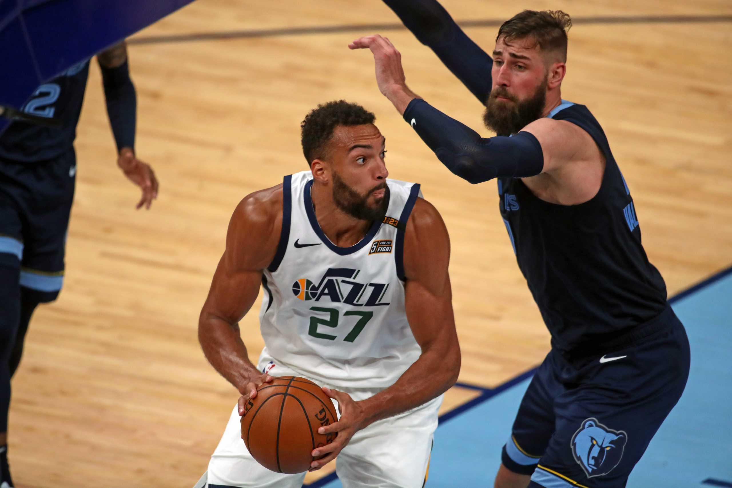 NBA: Σπουδαίο διπλό για Τζαζ, πρώτη νίκη για Ουίζαρντς