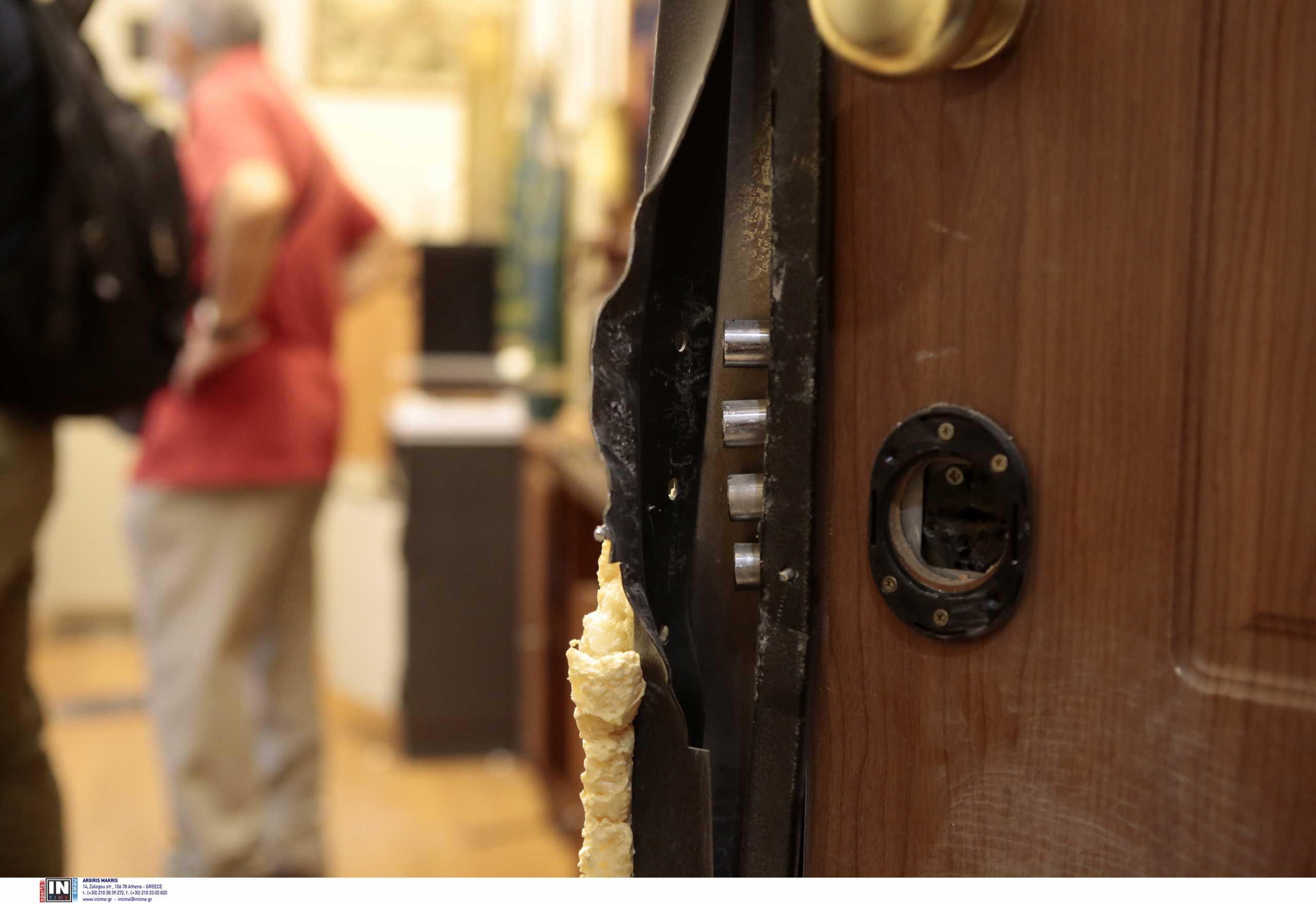 Καθηλώνει η δραματική ιστορία πίσω από τη διάρρηξη στο γραφείο του Ευκλείδη Τσακαλώτου