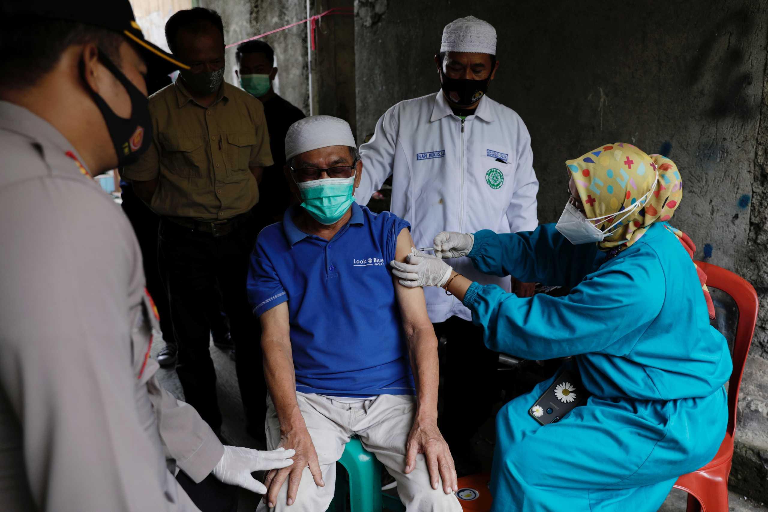 Ινδονησία: 1270 νεκροί και πάνω από 28.500 νέα κρούσματα