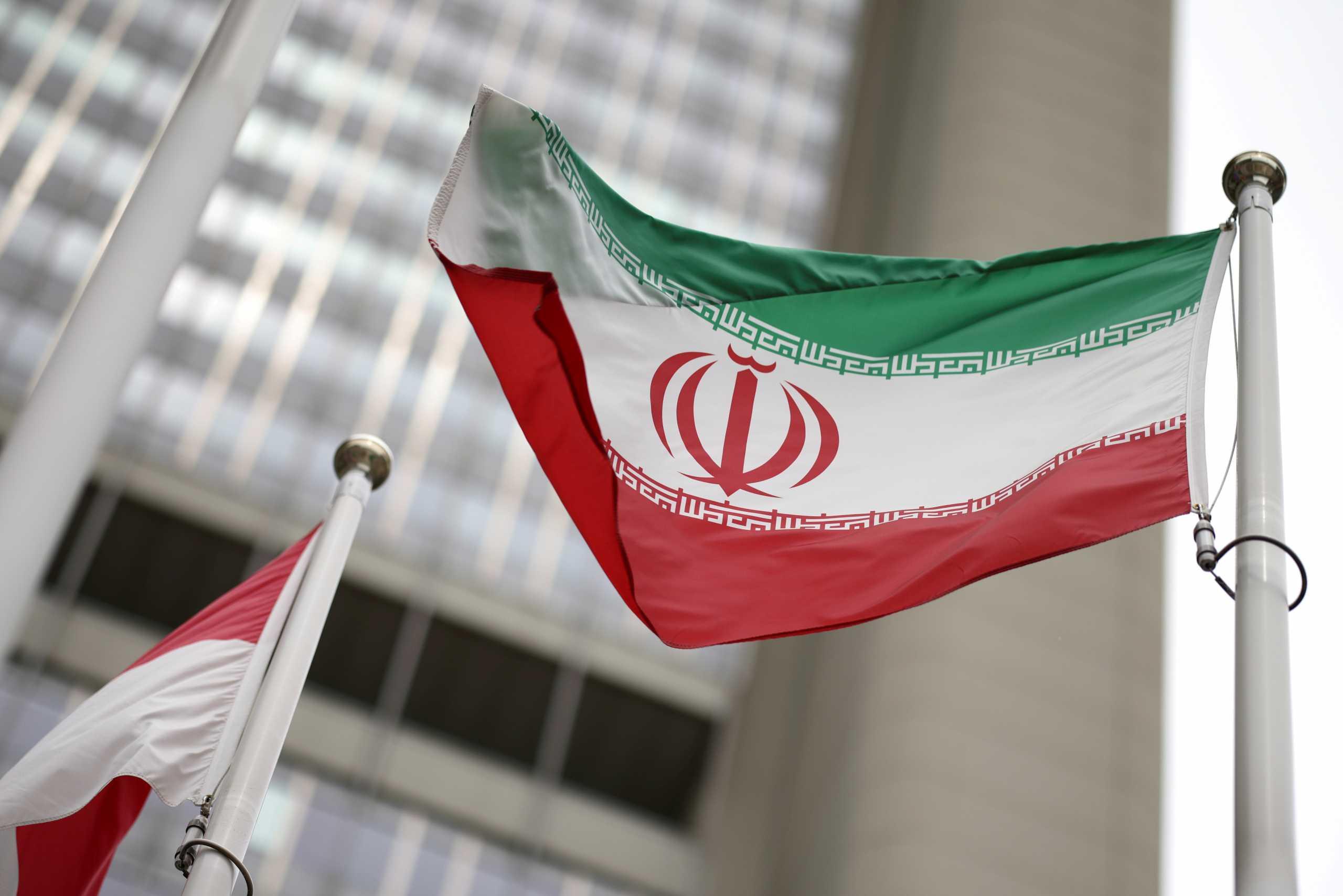 Η Διεθνής Αμνηστία ζητά από το Ιράν να μην εκτελέσει έναν 20χρονο