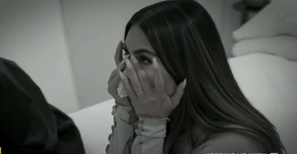 Κατέρρευσε on camera η Κιμ Καρντάσιαν για το διαζύγιο με τον Κάνιε Γουέστ: «Αισθάνομαι αποτυχημένη» (vid)