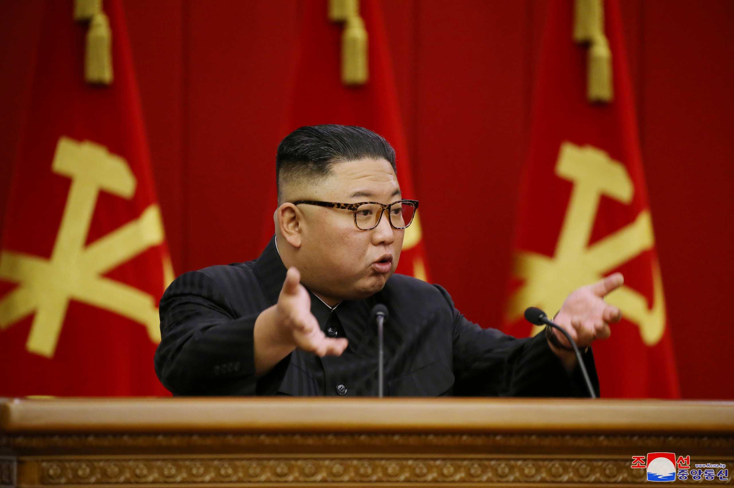 Βόρεια Κορέα: Καρατομήσεις από τον Κιμ Γιονγκ Ουν λόγω κορονοϊού