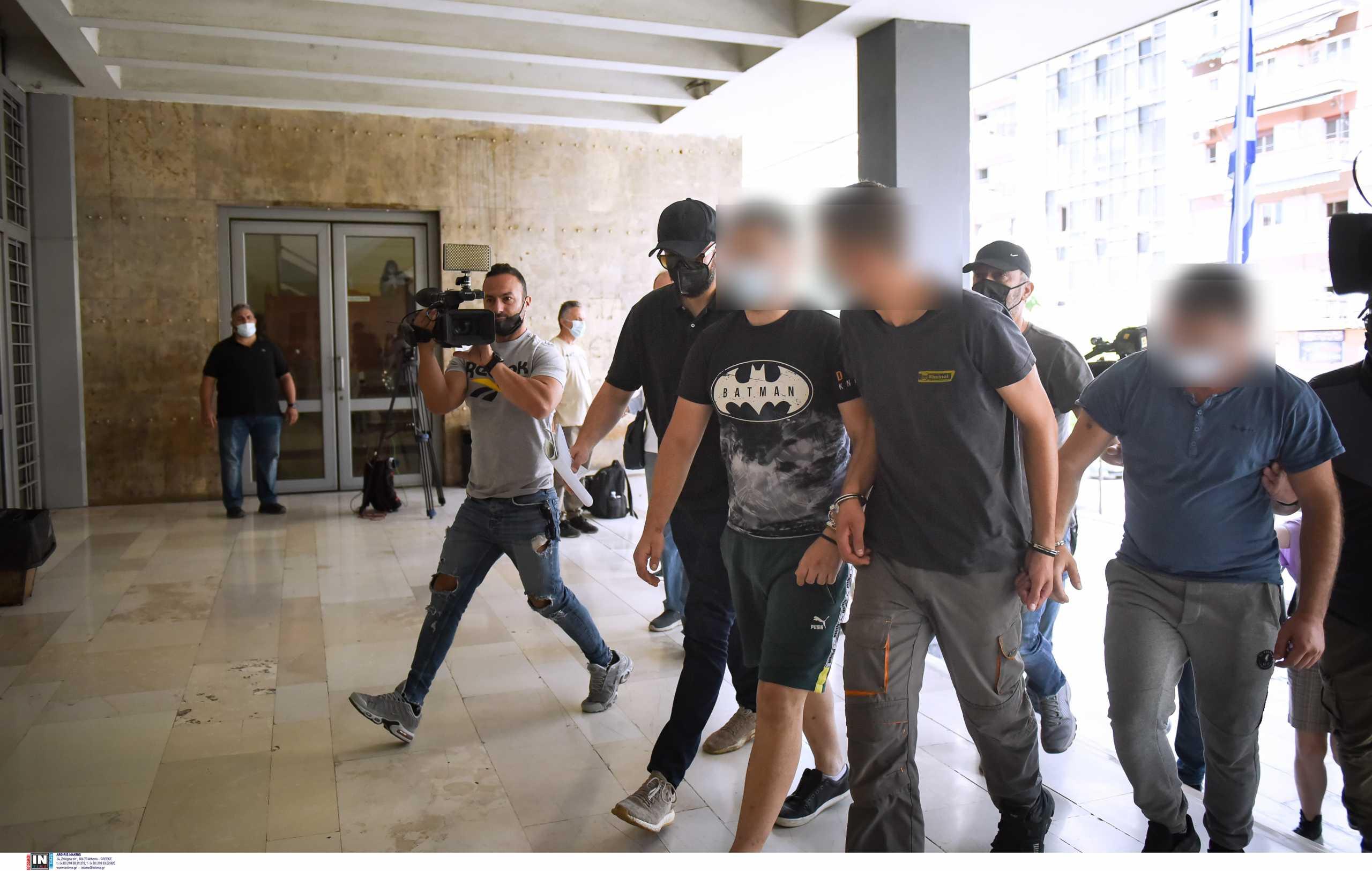 Κορονοπάρτι στο ΑΠΘ: Αναβλήθηκε η δίκη των τριών νεαρών