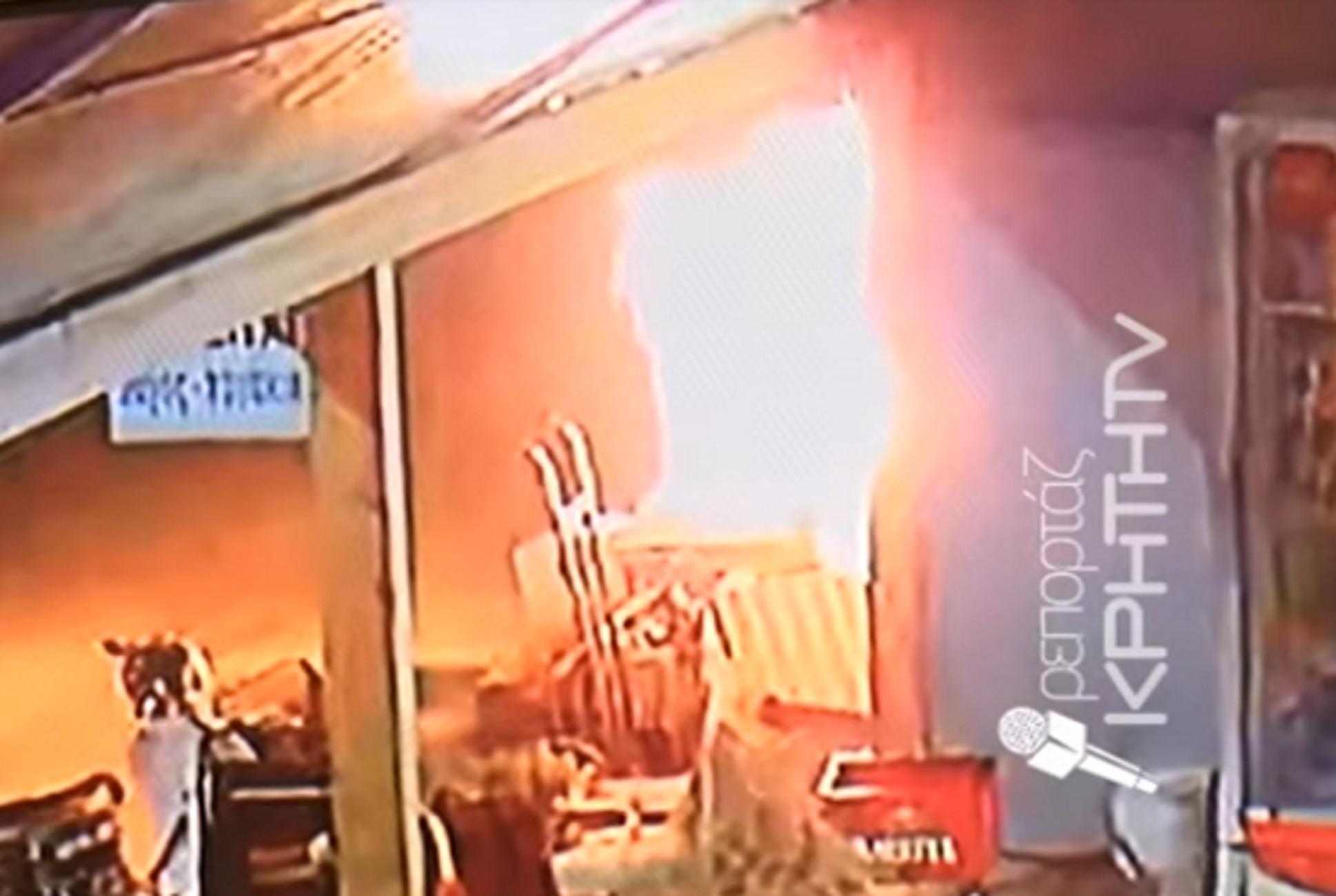 Κρήτη: Βίντεο ντοκουμέντο από την εμπρηστική επίθεση σε εστιατόριο – Συγγενής του ιδιοκτήτη ο δράστης