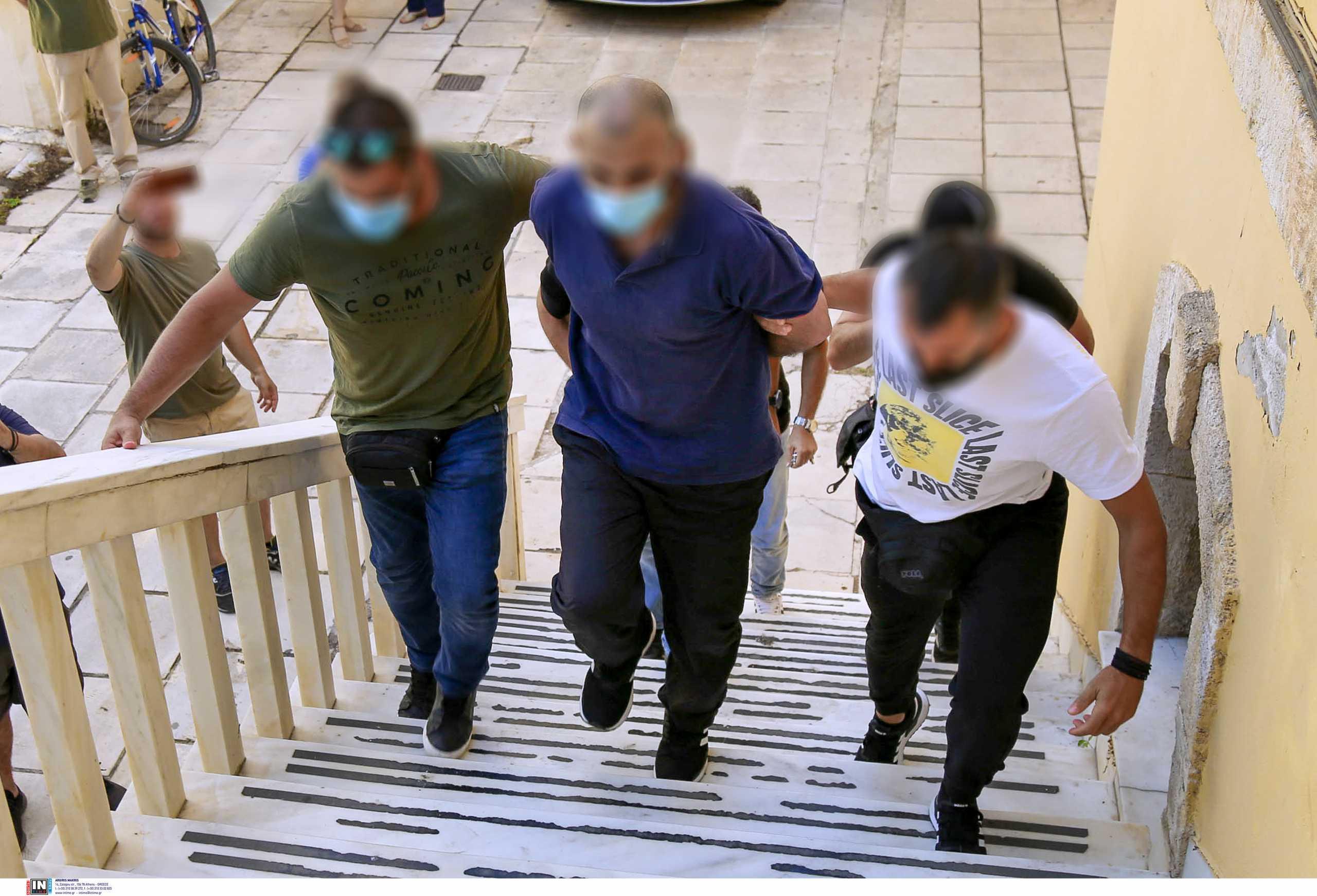 Κρήτη: Προθεσμία για να απολογηθεί πήρε ο δολοφόνος του Σεργιανόπουλου που σκότωσε συγκρατούμενό του (pics, vid)