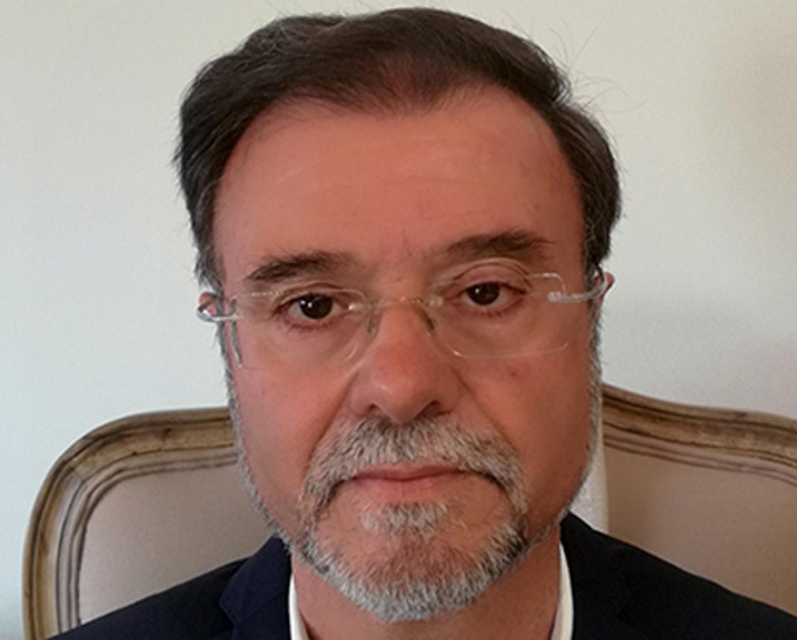Κρήτη: Πέθανε ο Αρτέμης Σαϊτάκης – Η καταξίωση και η μάχη στην εντατική που αποδείχθηκε άνιση