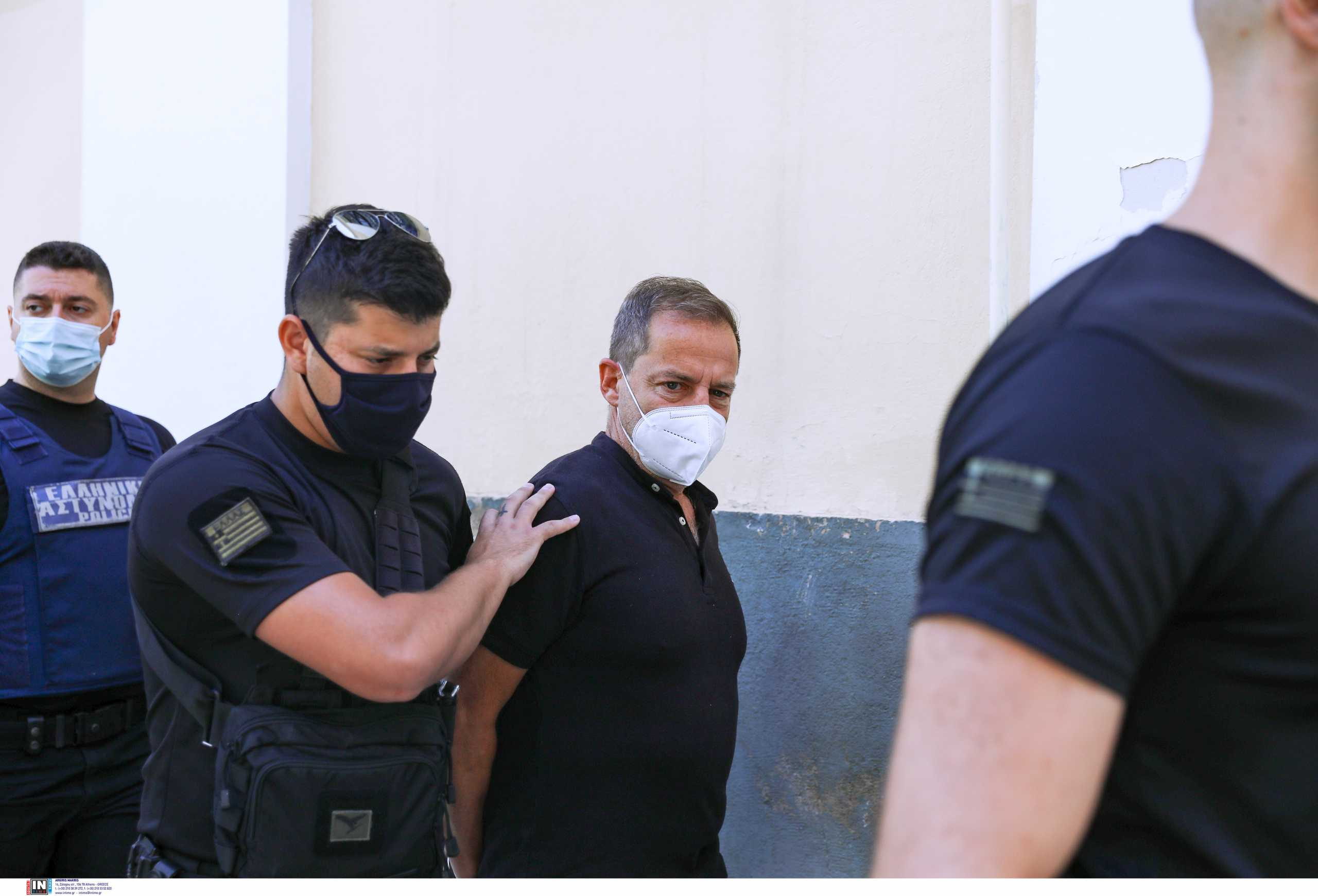 Δεν θα εκδοθεί νέο ένταλμα προσωρινής κράτησης του Δημήτρη Λιγνάδη