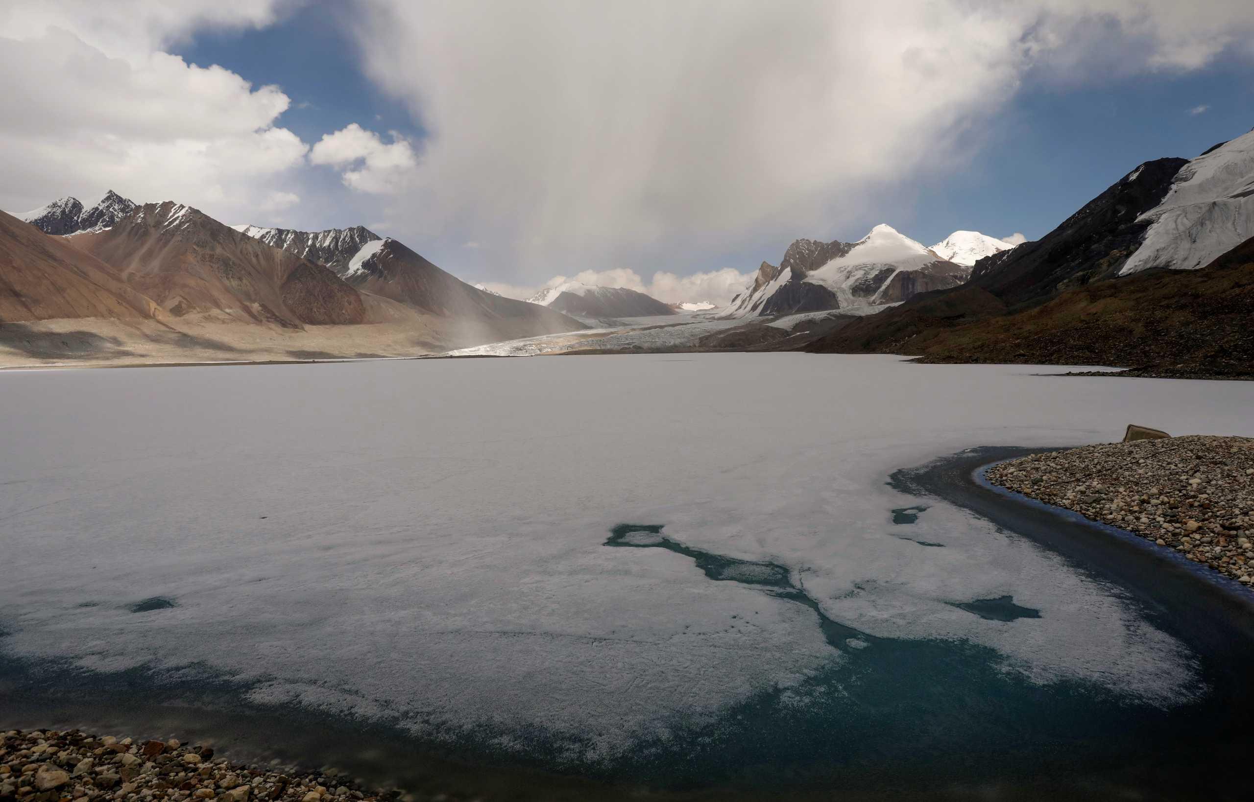 Κλιματική αλλαγή: Οι λίμνες χάνουν το οξυγόνο τους πιο γρήγορα από τους ωκεανούς