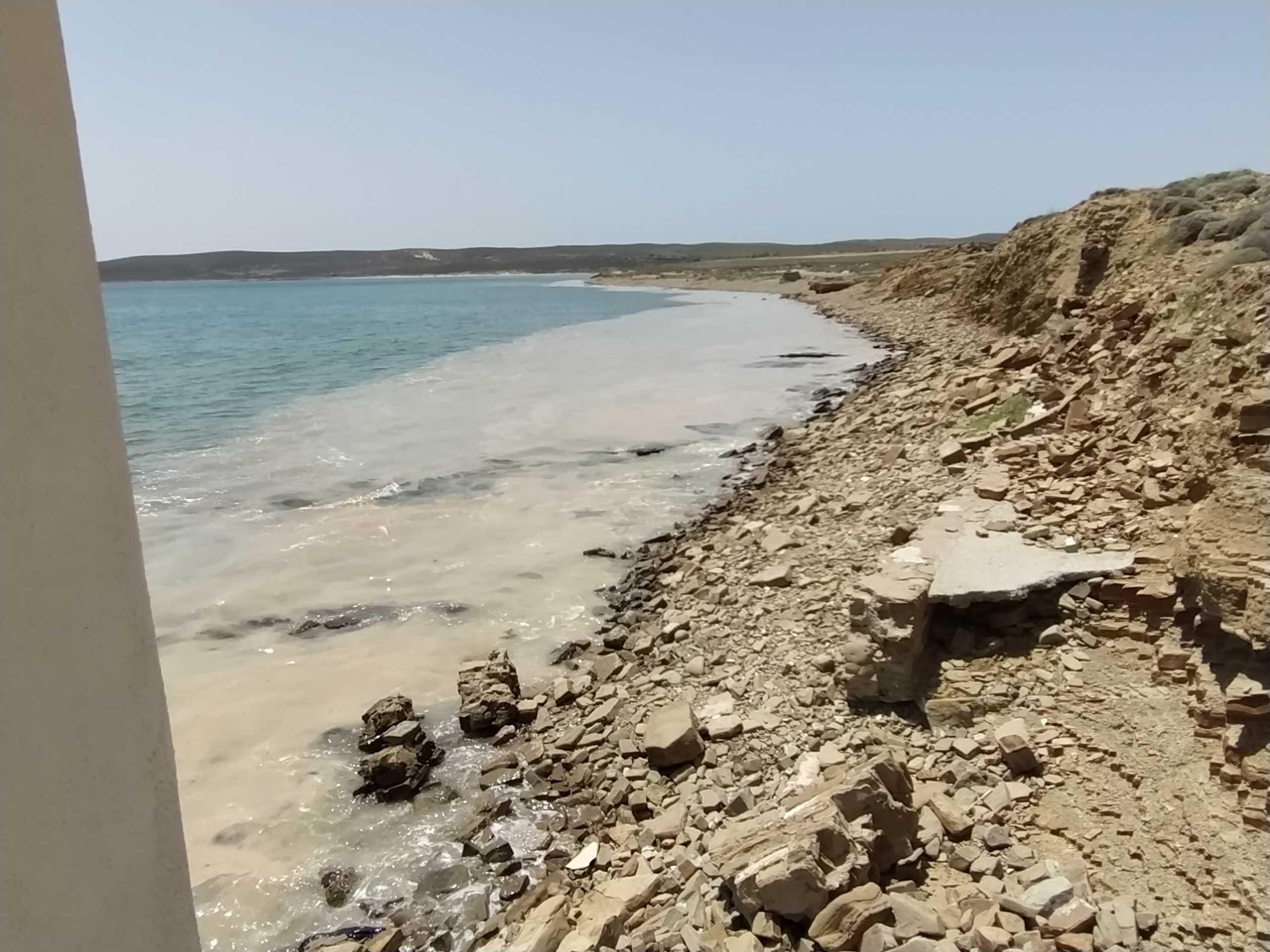 Λήμνος: Ανησυχία μετά την εμφάνιση βλέννας στη θάλασσα – Εσπευσμένα στο νησί κλιμάκιο του υπ. Περιβάλλοντος
