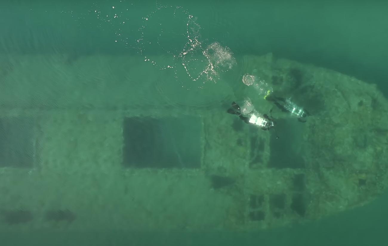 Λιχαδονήσια: Το μοναδικό ναυαγισμένο τσιμεντένιο πλοίο της Μεσογείου σε έναν επίγειο παράδεισο