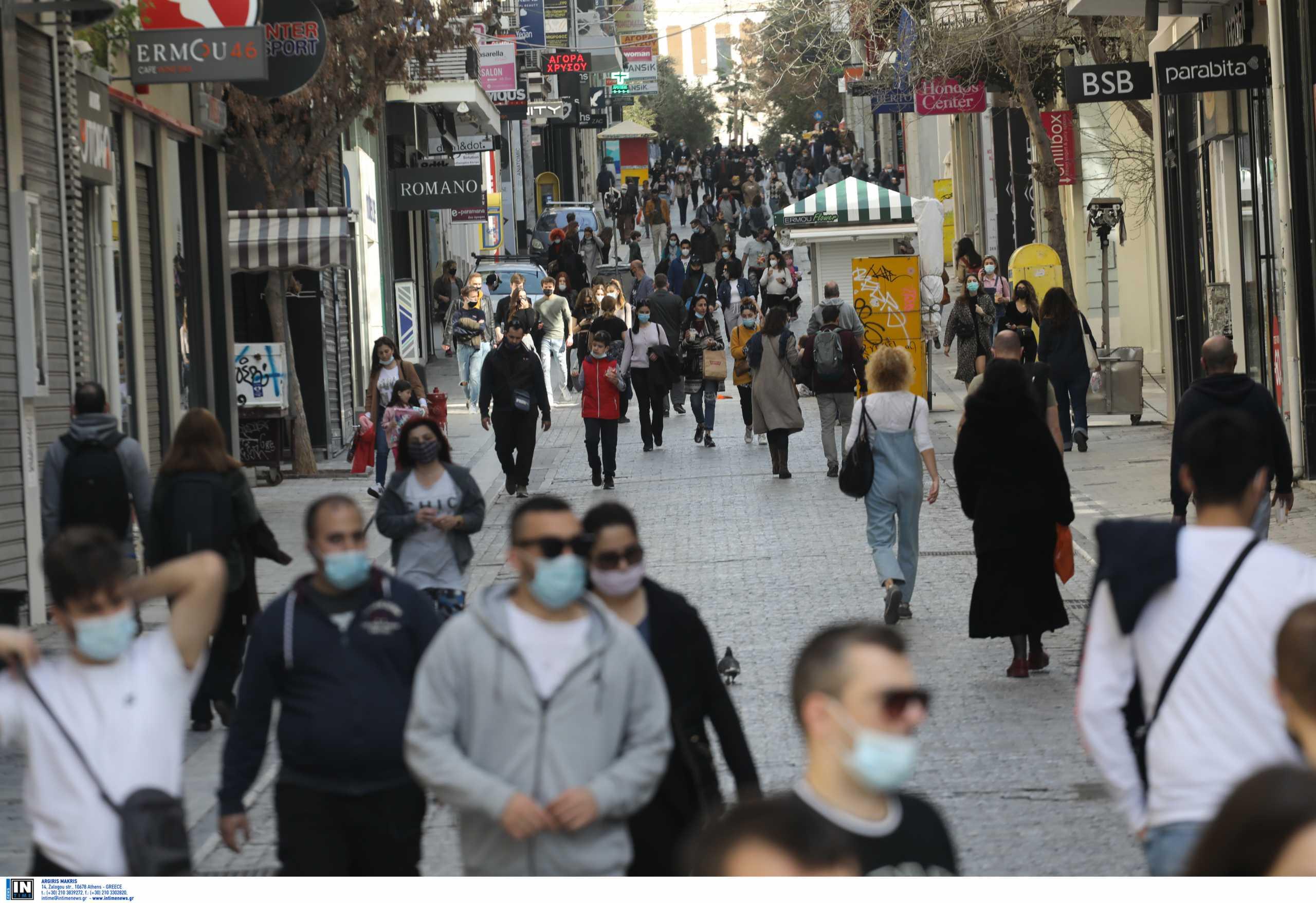 Κορονοϊός: Η ενημέρωση Χαρδαλιά για την άρση μέτρων – Αλλαγές για μάσκες, απαγόρευση κυκλοφορίας και self tests