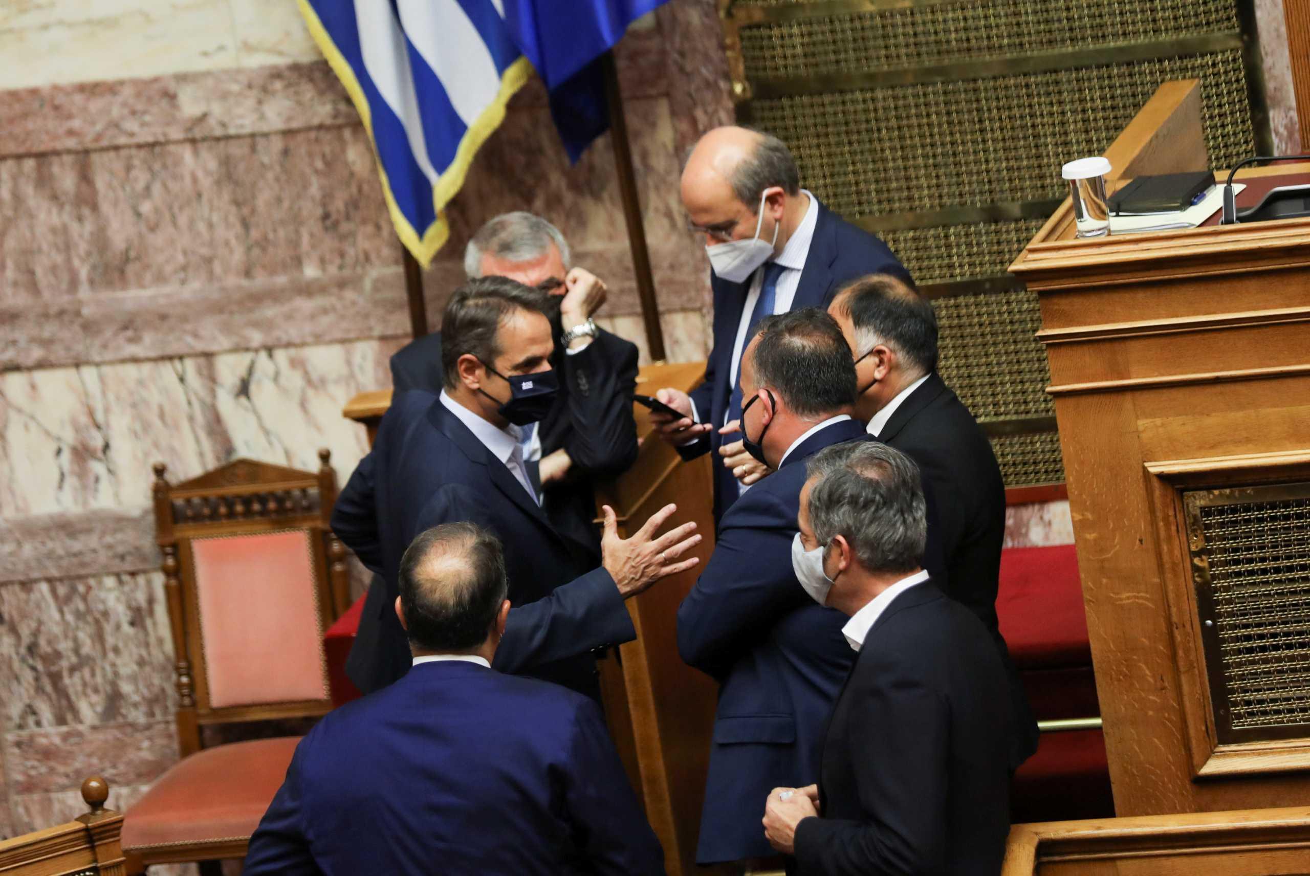 Τα 55 «ναι» του ΣΥΡΙΖΑ στο εργασιακό νομοσχέδιο – Τι «έδειξε» η ονομαστική ψηφοφορία