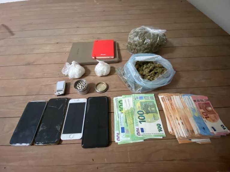 Σπείρα διακινούσε ναρκωτικά σε Αττική και Δωδεκάνησα - Τα έκρυβαν σε λάμπες και πρίζες (pics, vid)