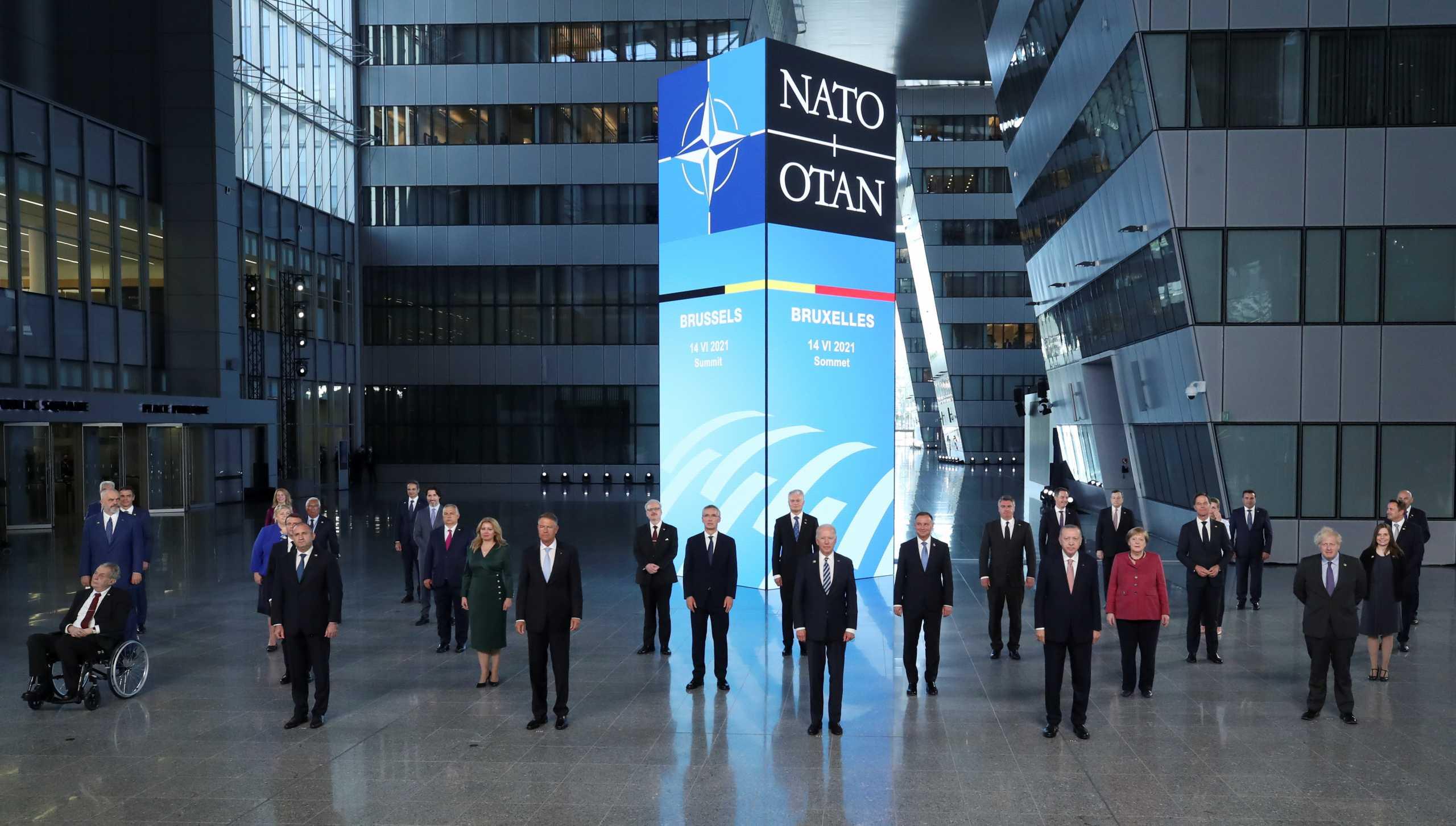 Σύνοδος ΝΑΤΟ: «Τείχος προστασίας» στα ελληνικά συμφέροντα απέναντι στις τουρκικές προκλήσεις