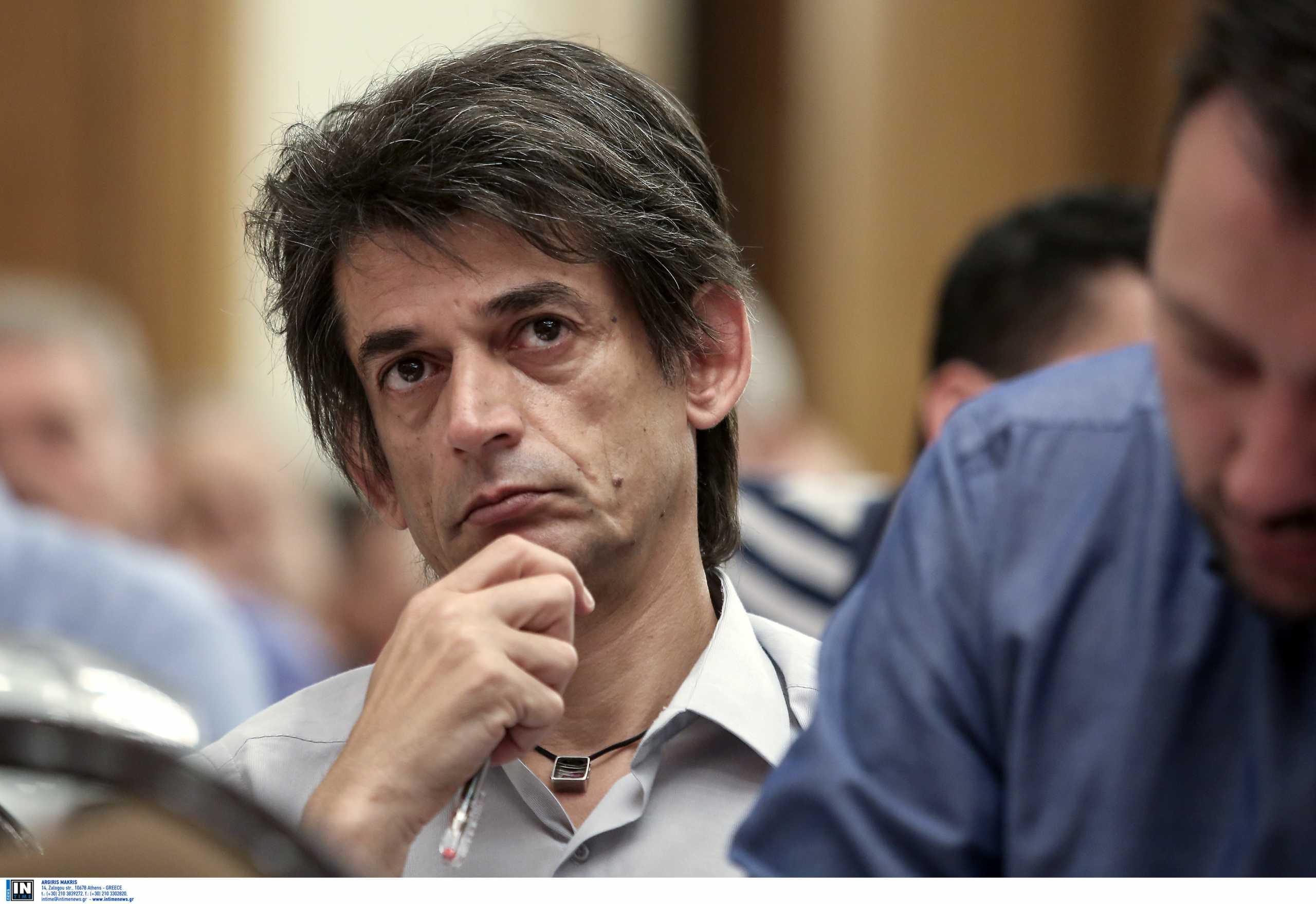 Νίκος Καρανίκας: Ο ηγέτης Τσίπρας, το μνημόνιο που σκίστηκε, ο Άδωνις και η κάνναβη