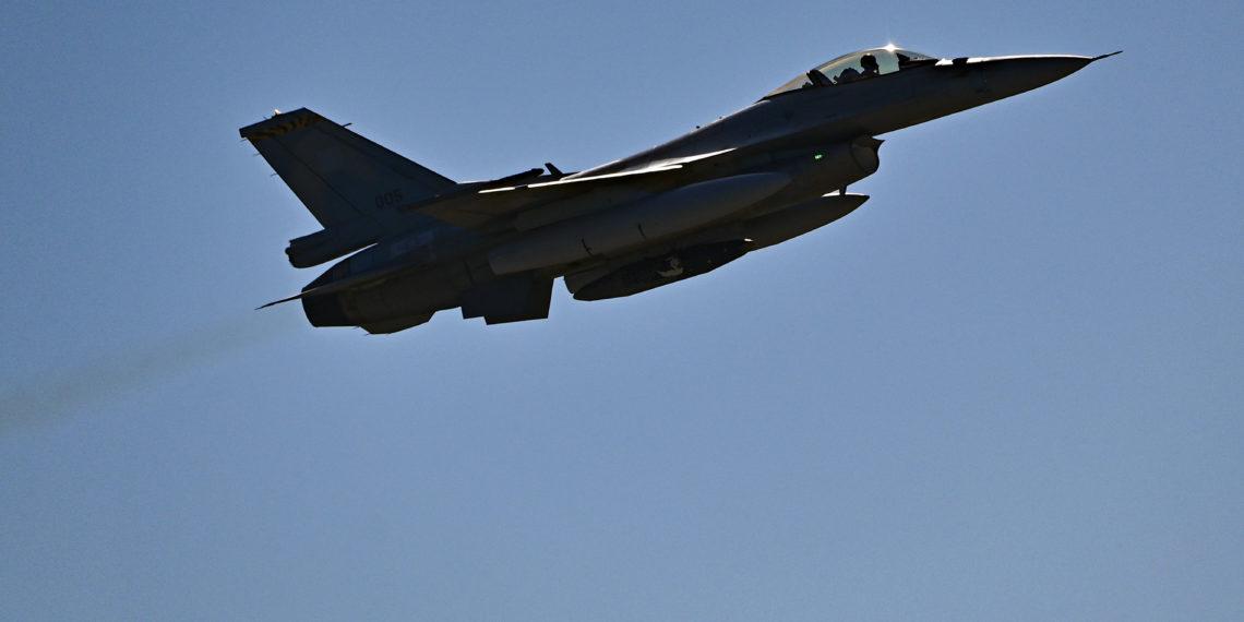 Πολεμική Αεροπορία: Επαφές με αμερικανική εταιρεία για τον εξοπλισμό των μαχητικών F-16