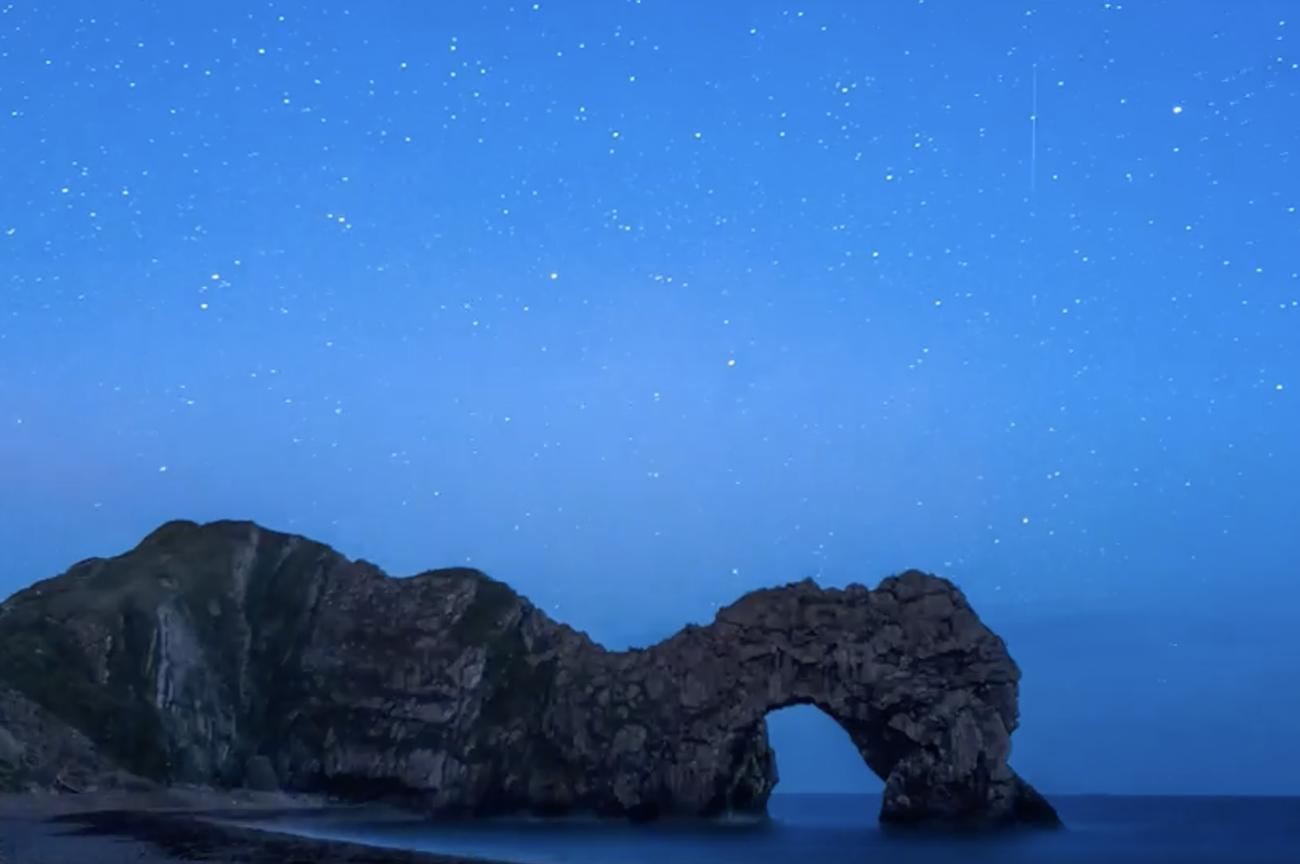 Μαγικές εικόνες του βρετανικού ουρανού με τη μέθοδο της timelapse