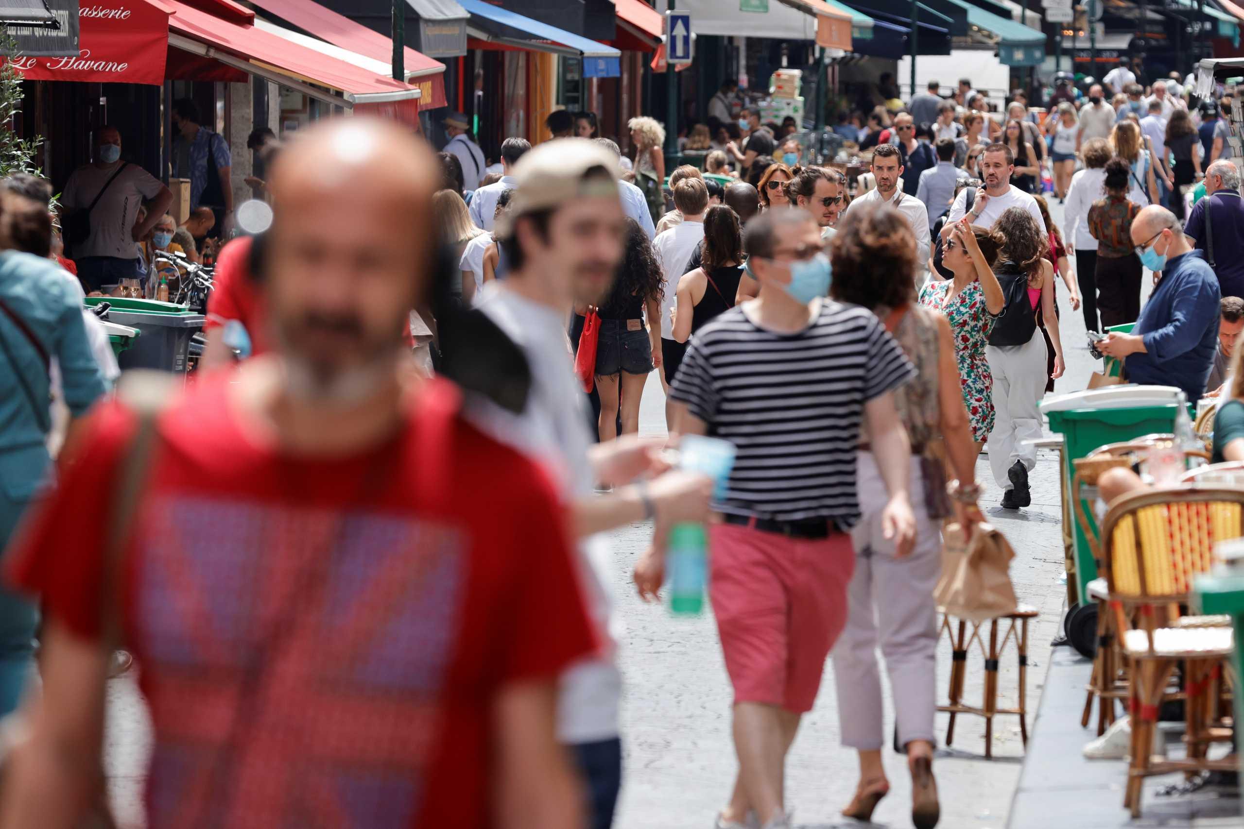 Γαλλία: Πάνω από 12.500 νέα κρούσματα κορονοϊού το τελευταίο 24ωρο