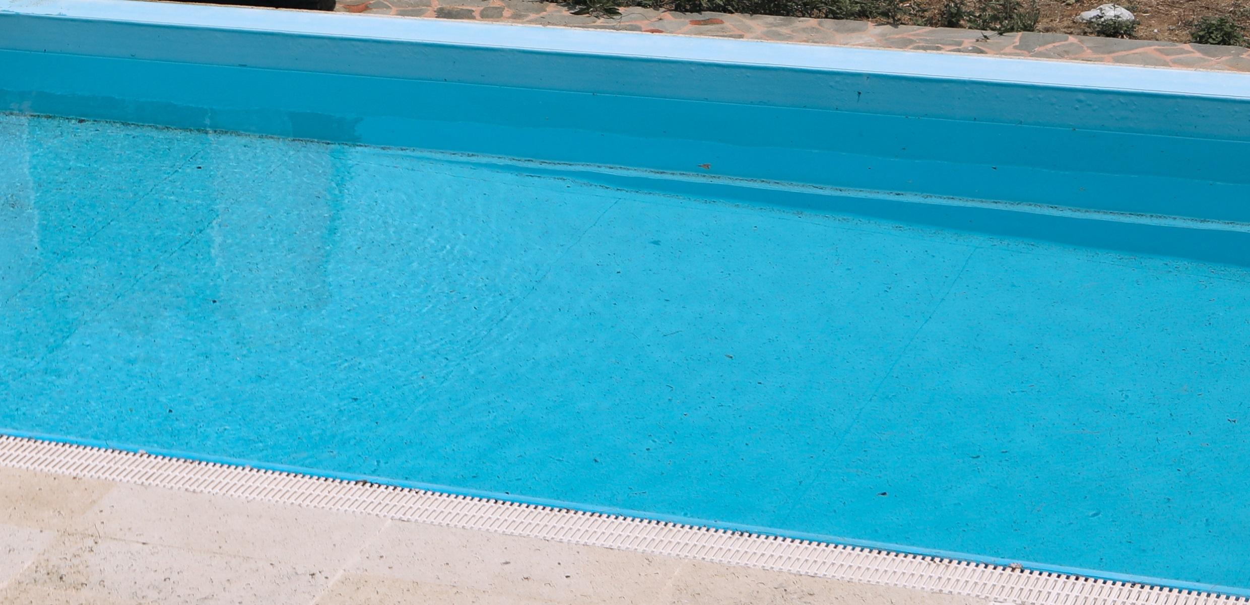 Σοκ στην Αχαΐα: Παιδί χωρίς τις αισθήσεις του σε πισίνα – Μάχη για να κρατηθεί ζωντανό