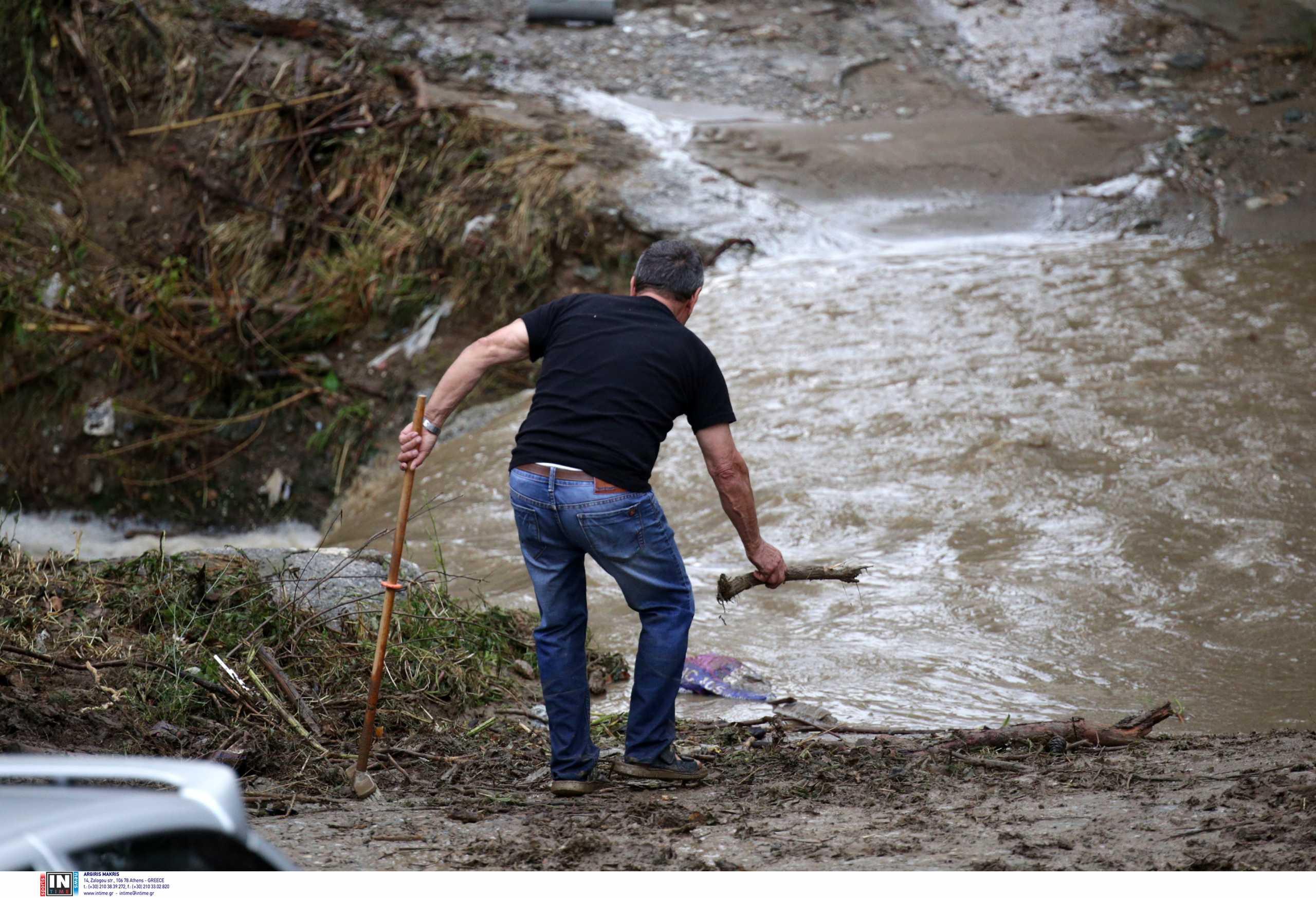 Θεσσαλονίκη: «Το ποταμάκι έγινε χείμαρρος» – Έτσι παρασύρθηκε και πέθανε ο 26χρονος στην Πολίχνη