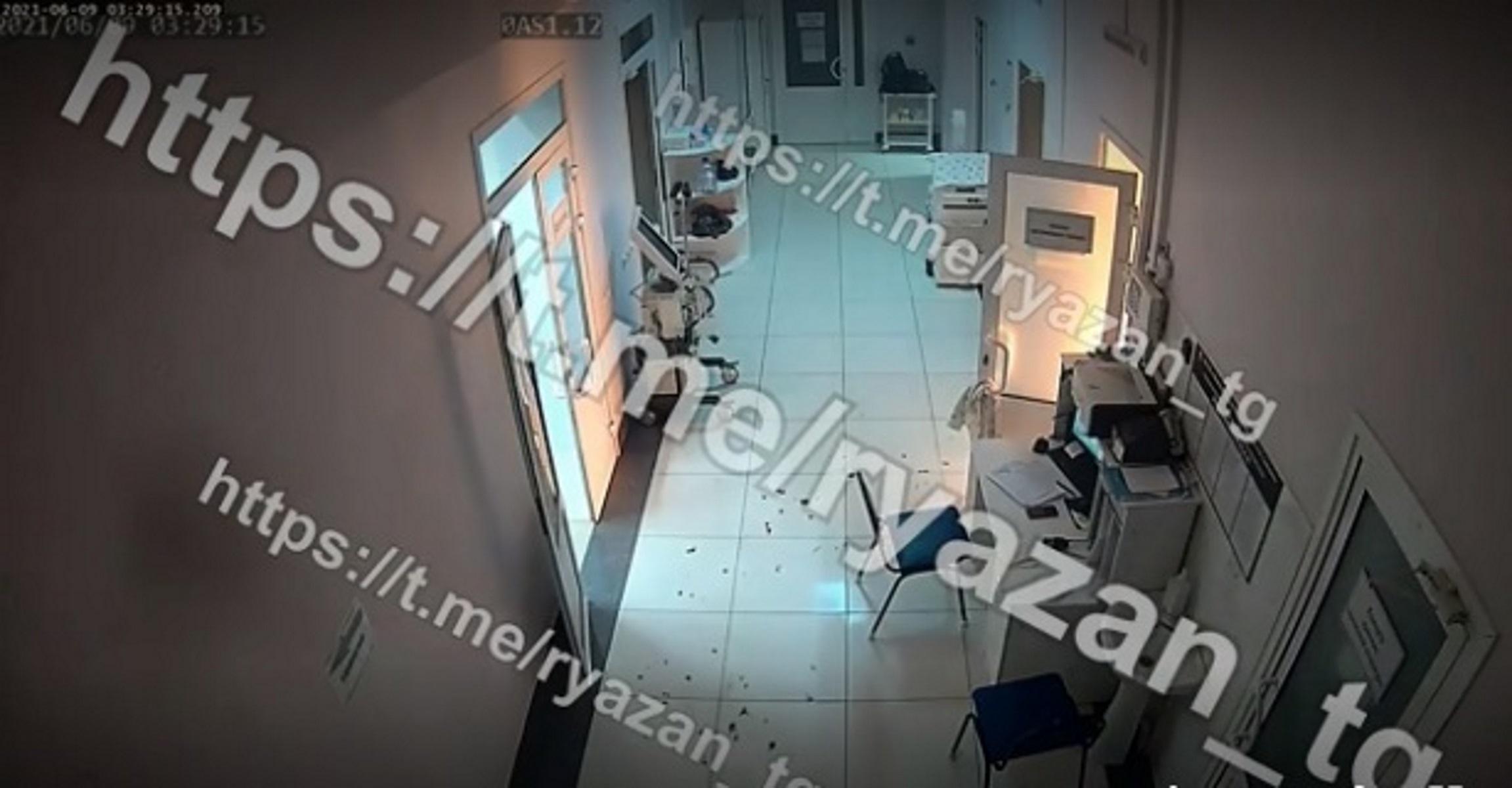 Ρωσία: Η στιγμή που ξεσπά φωτιά σε ΜΕΘ νοσοκομείου – Συγκλονιστικό video