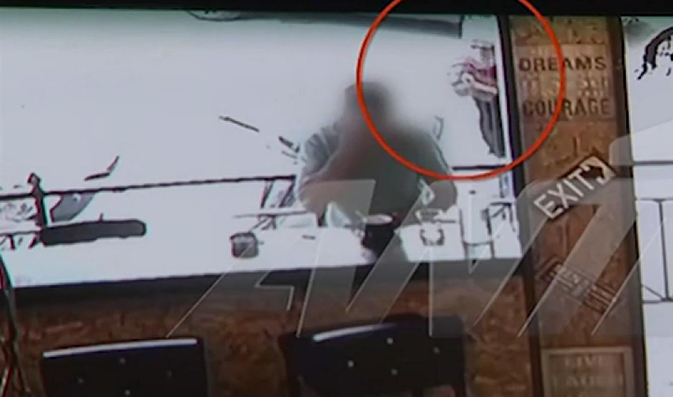 Σεπόλια: Video ντοκουμέντο – Η εν ψυχρώ δολοφονία του 32χρονου μέσα στην καφετέρια (Σκληρές εικόνες)