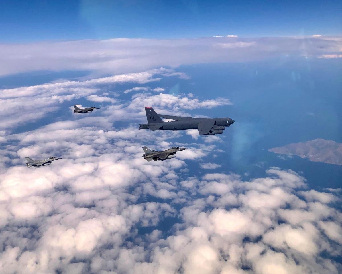 «Spartan Sword»: Συνεκπαίδευση ΕΔ με την Πολεμική Αεροπορία των ΗΠΑ και το θηριώδες B-52 [pics]