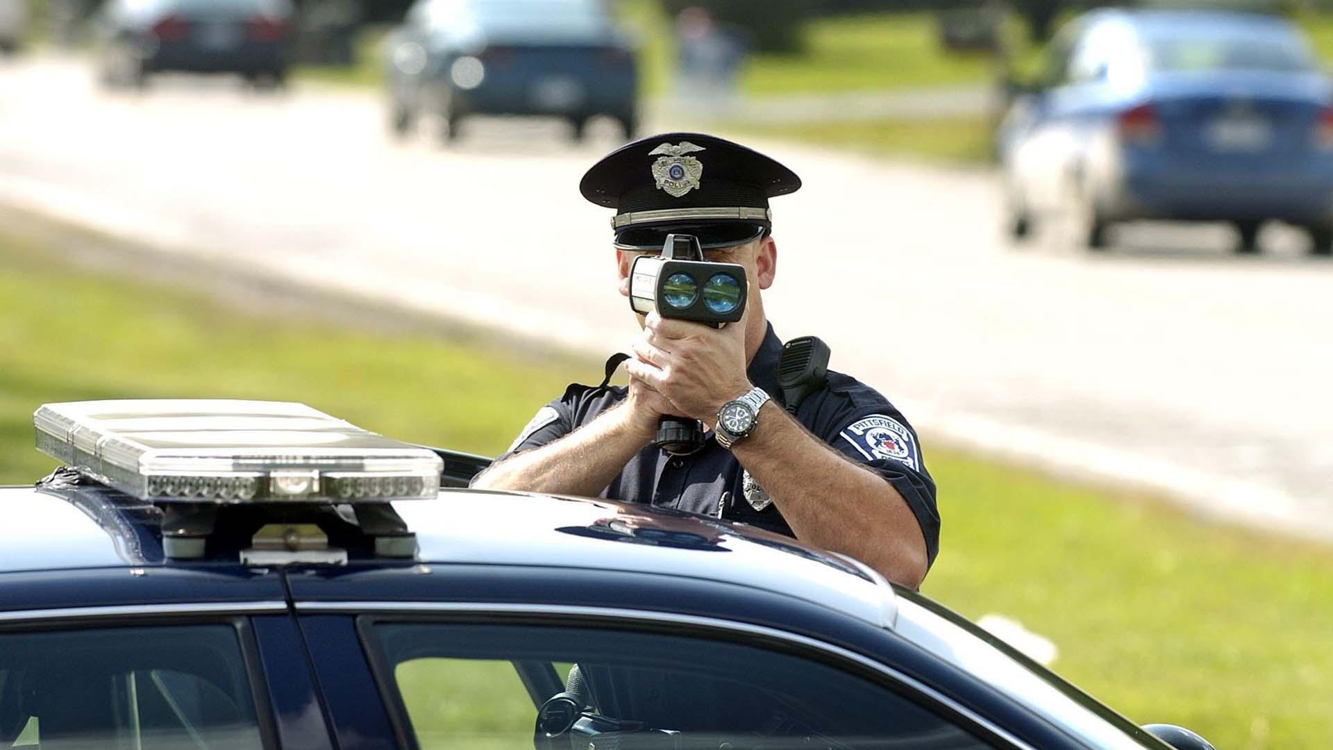 Οι οδηγοί ποιας μάρκας παίρνουν τις περισσότερες κλήσεις για υπερβολική ταχύτητα;