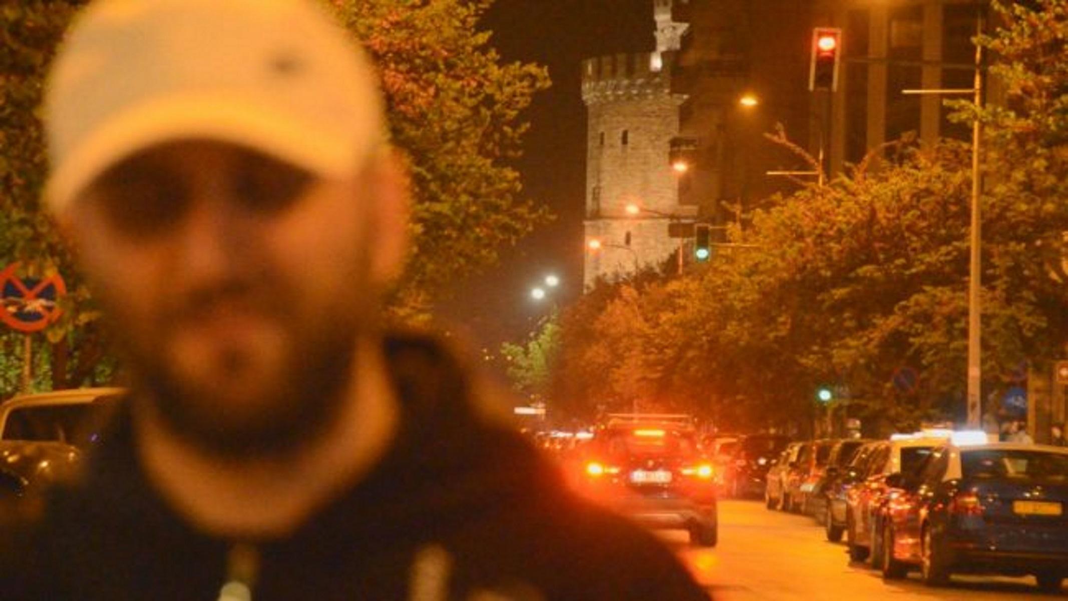 Θεσσαλονίκη: Συγκλονίζει τυφλός μουσικός – Το bullying, ο πρώτος δίσκος και η μπάλα (pics, vid)