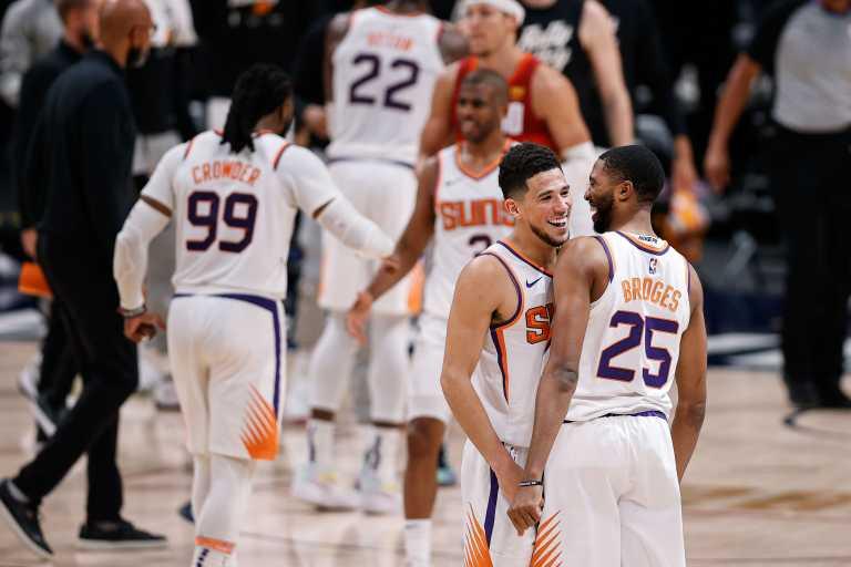 NBA: Οι απίθανοι Σανς «σκούπισαν» τους Νάγκετς και προκρίθηκαν στους τελικούς