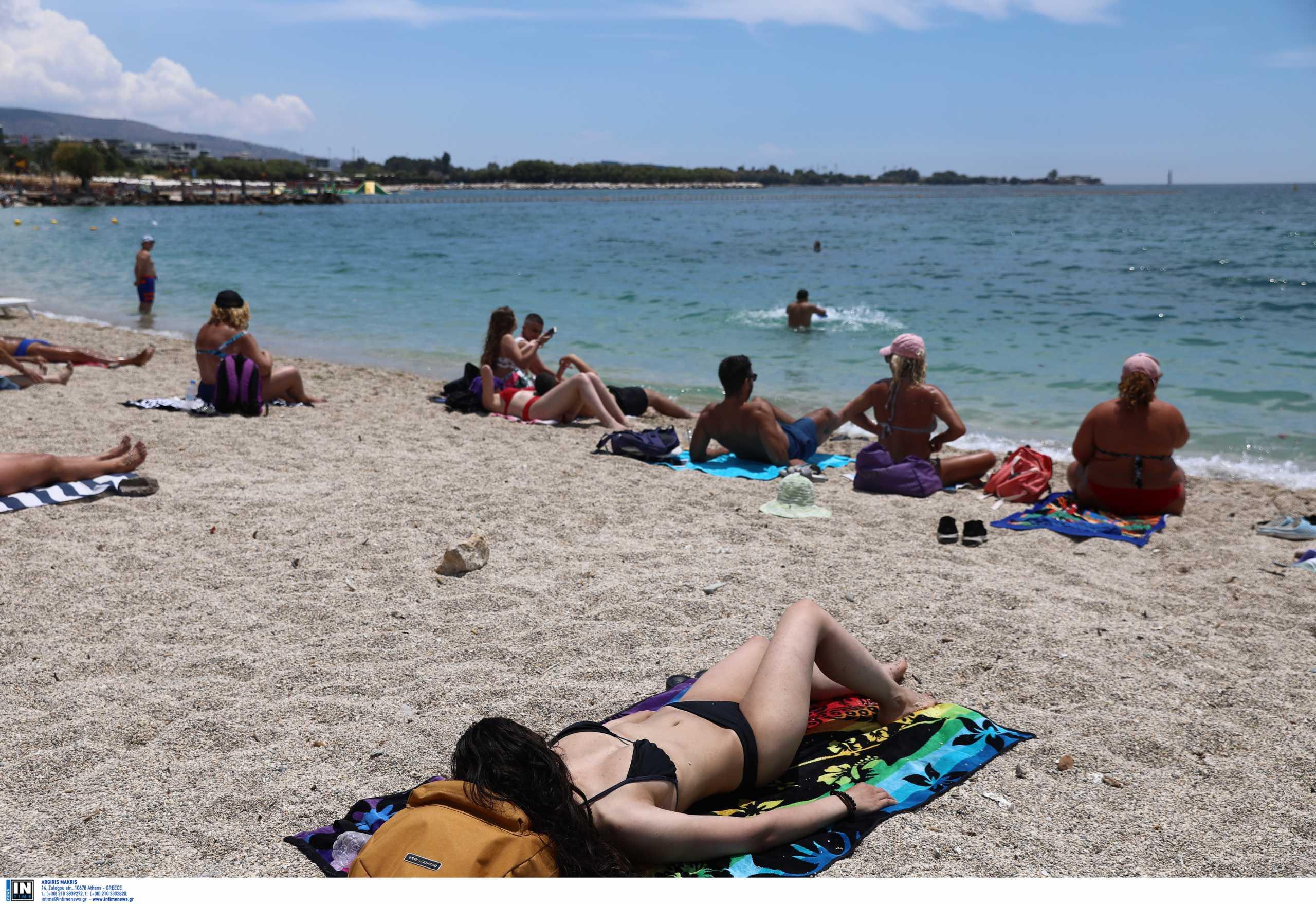 Καιρός: «Λιώνει» από τη ζέστη η χώρα – Μέχρι και 42 βαθμούς η θερμοκρασία