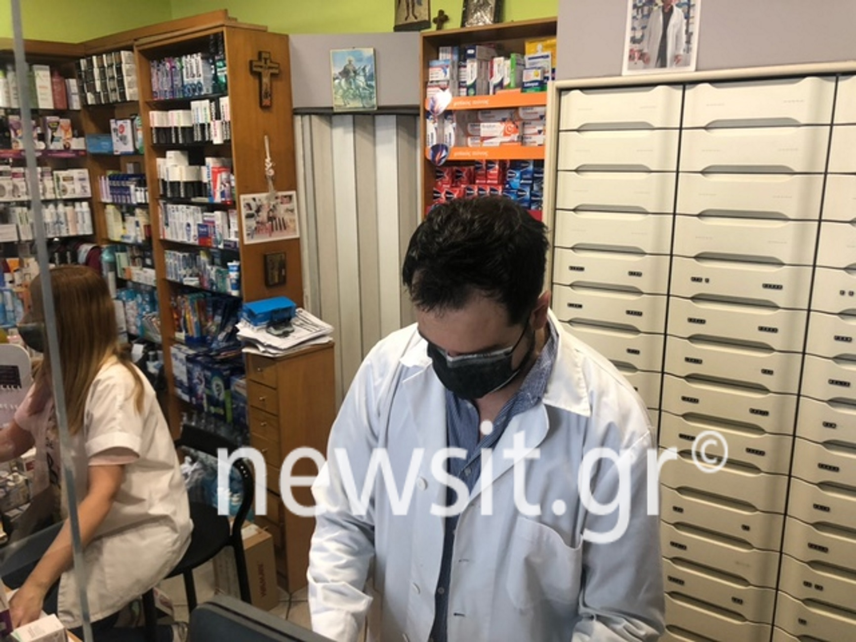 Θεσσαλονίκη: Δεν κάνουν πίσω οι φαρμακοποιοί στη διάθεση των self test – Νέες βολές στην κυβέρνηση