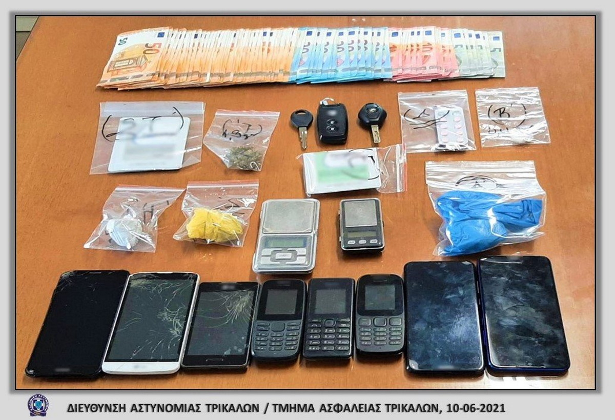 Έπιασαν κύκλωμα που διακινούσε ηρωίνη στα Τρίκαλα – Την παραλάμβαναν με ΚΤΕΛ (pics)