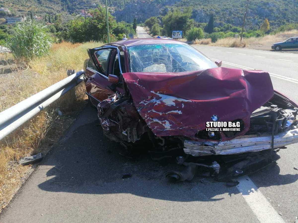 Αργολίδα: Σοκαριστικό τροχαίο με έναν νεκρό – Άμορφη μάζα τα αυτοκίνητα (photos)