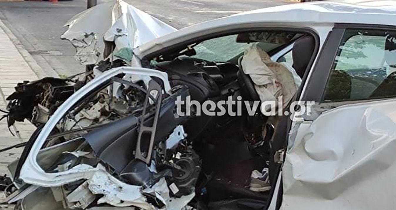Σοκαριστικό τροχαίο στη Θεσσαλονίκη με δυο νεκρούς