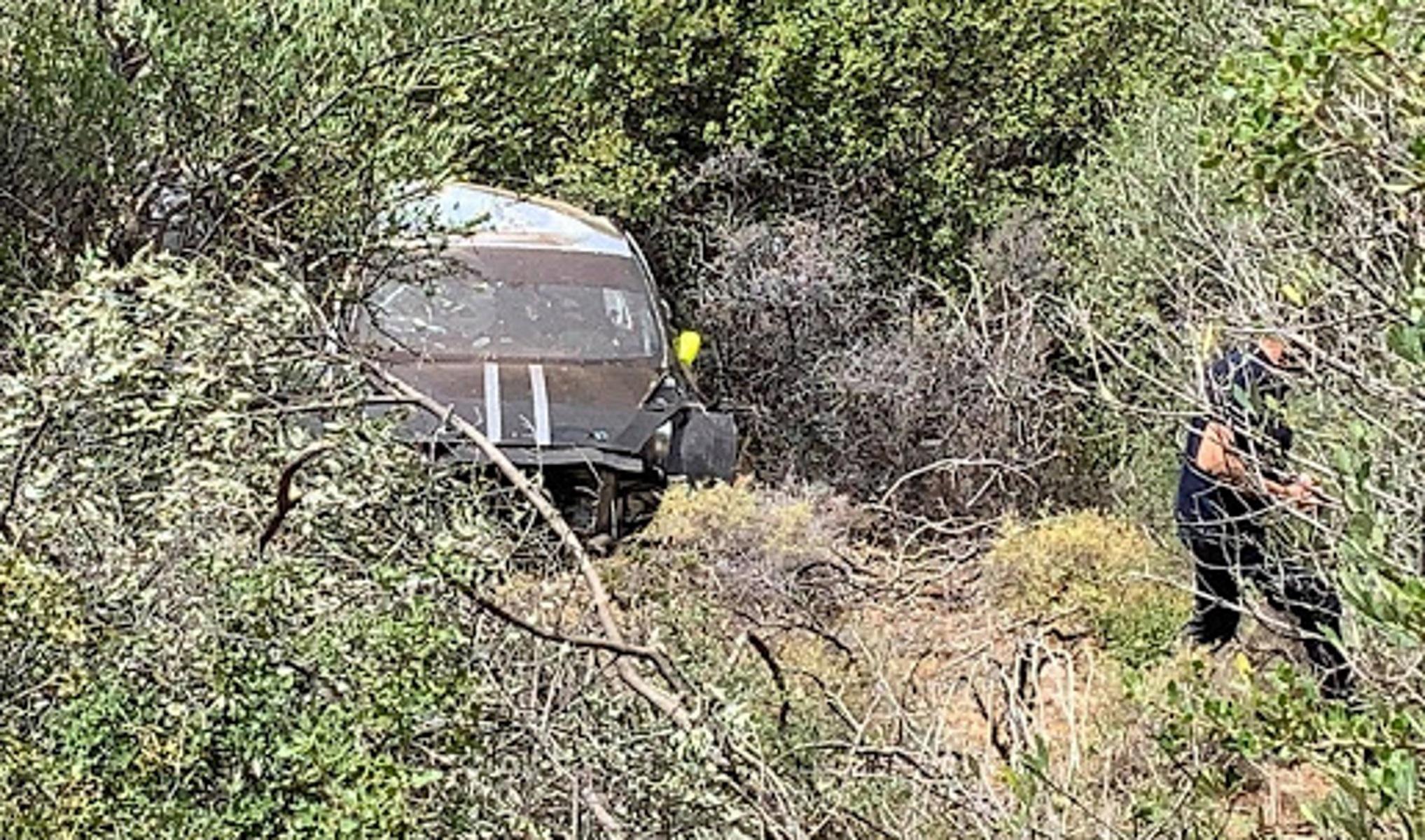 Αργολίδα: Οδηγός αγωνιστικού έκανε δοκιμές και έπεσε σε γκρεμό (pics)