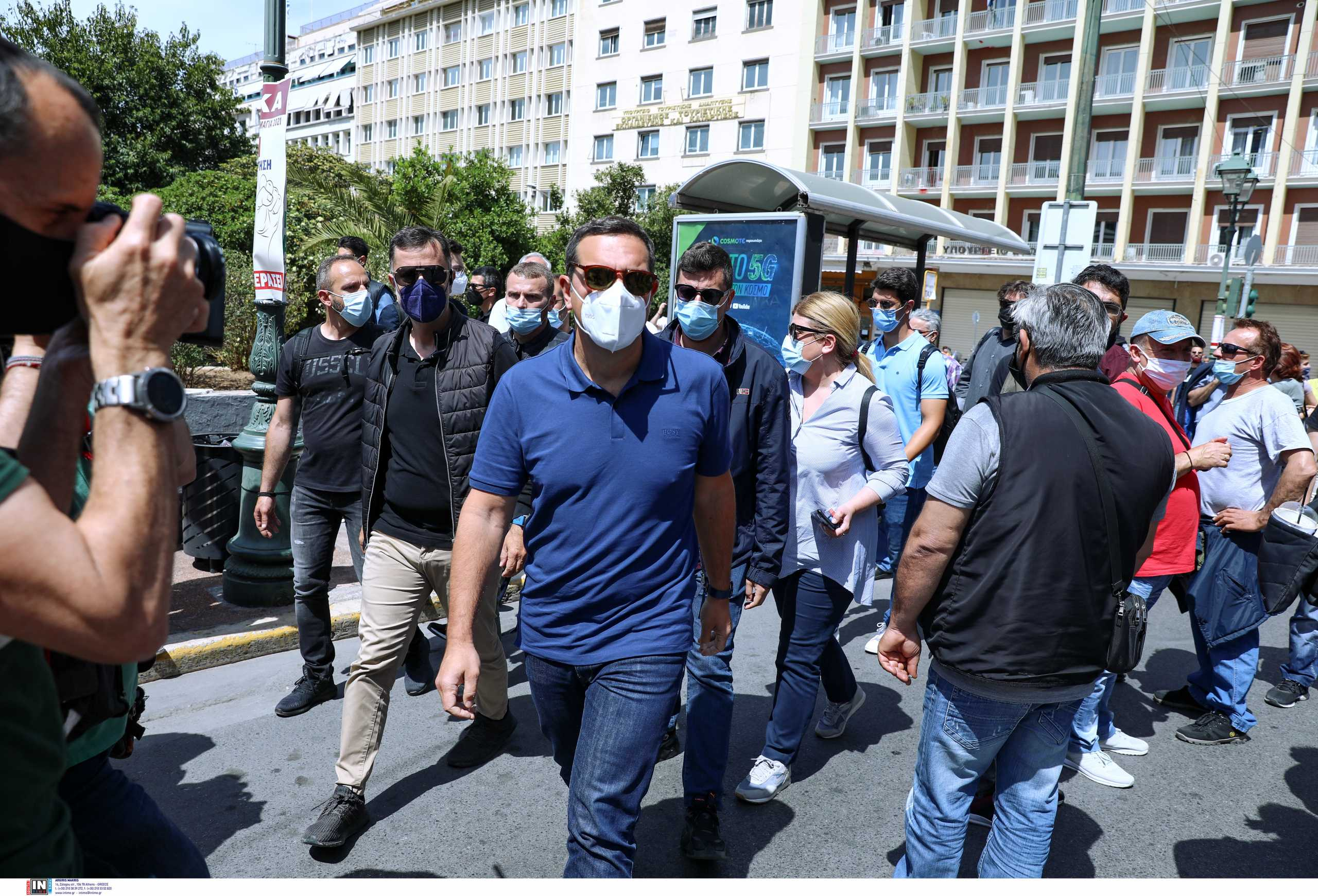«Θερμό» πολιτικό καλοκαίρι βλέπει ο Τσίπρας και ζητά μήνυμα ανατροπής από τον ΣΥΡΙΖΑ