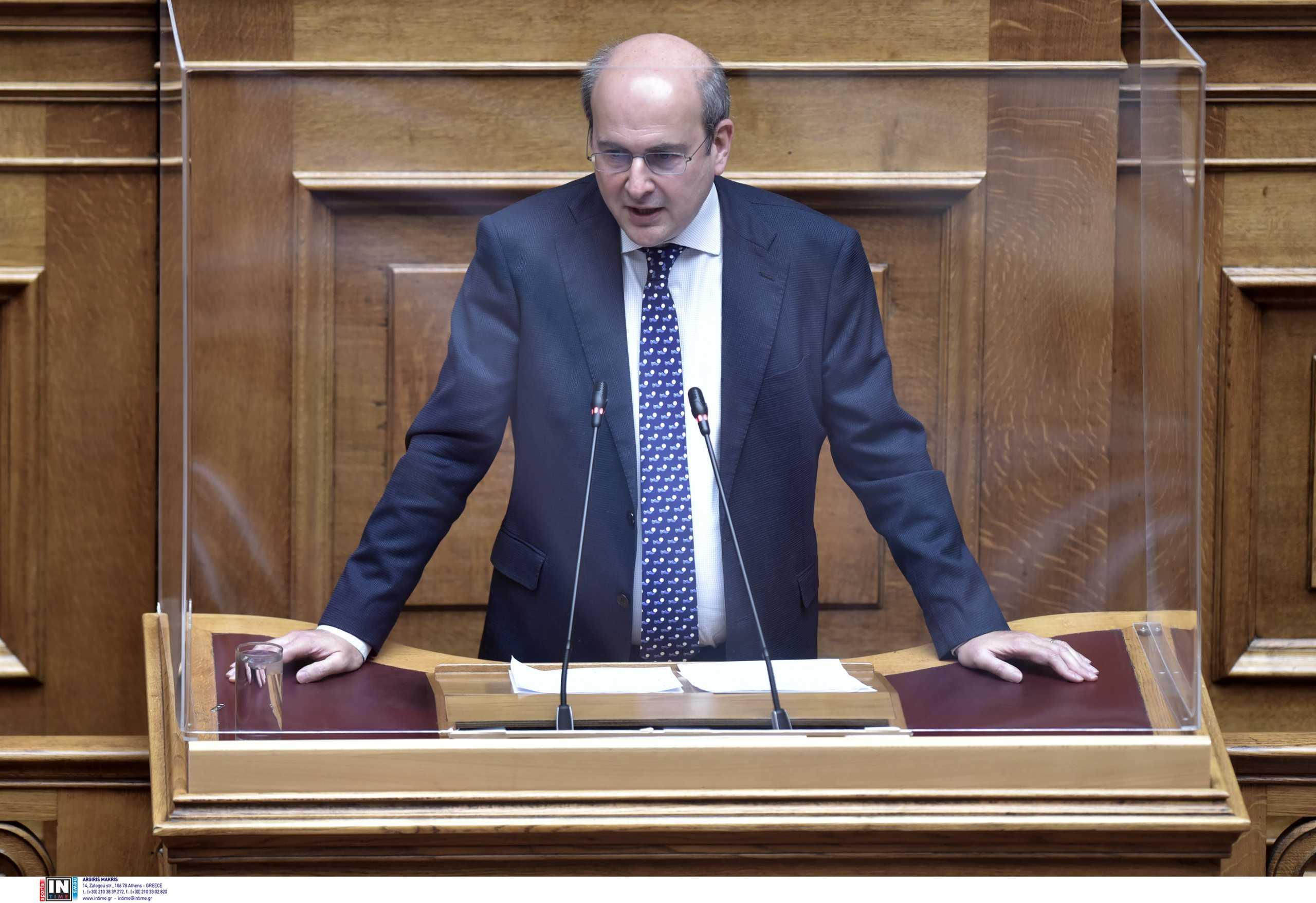 Εργασιακό: Μάχες χαρακωμάτων στην Βουλή – Κόντρες Χατζηδάκη με τα κόμματα της αντιπολίτευσης