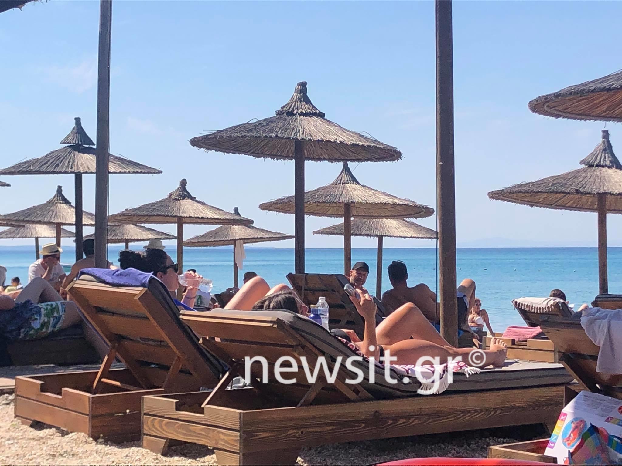Χαλκιδική: Γέμισαν τις παραλίες και βρήκαν τη λύση στο ένα και μοναδικό πρόβλημα που αντιμετώπισαν