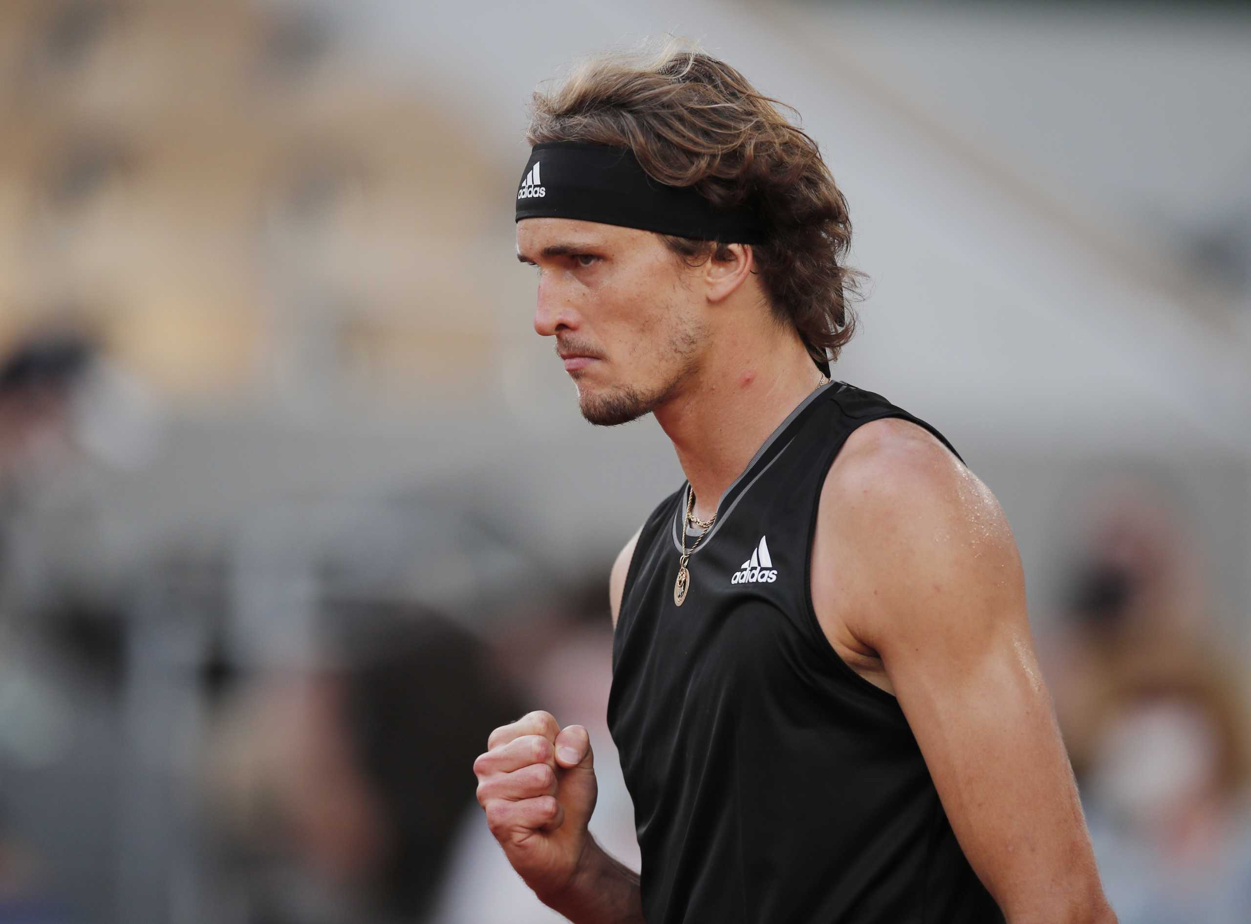 Roland Garros: Στα ημιτελικά ο Ζβέρεφ, περιμένει τον Τσιτσιπά