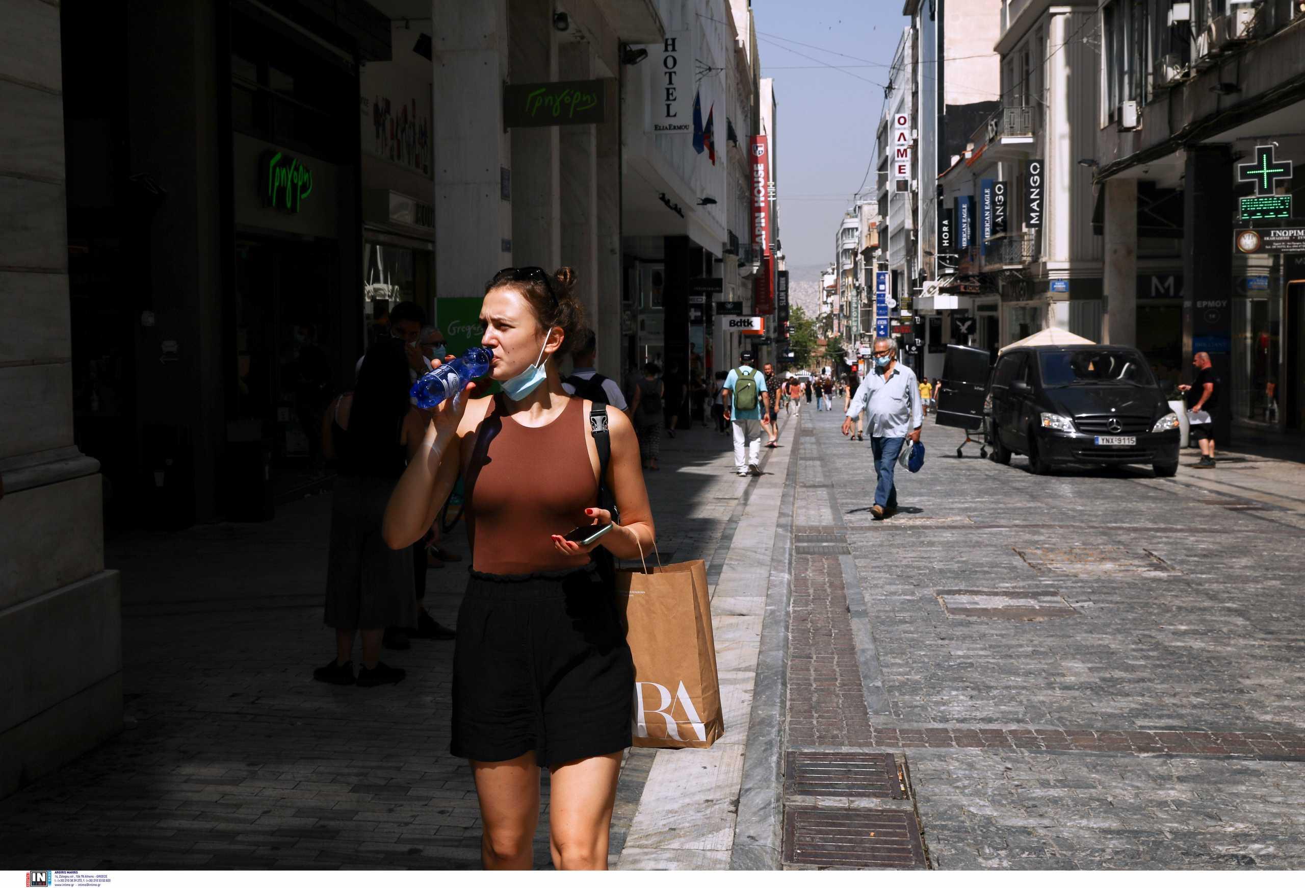 Κορονοϊός: 408 κρούσματα στην Αττική, «αντέχει» η Θεσσαλονίκη, ανησυχεί η Κρήτη – Ο χάρτης της διασποράς