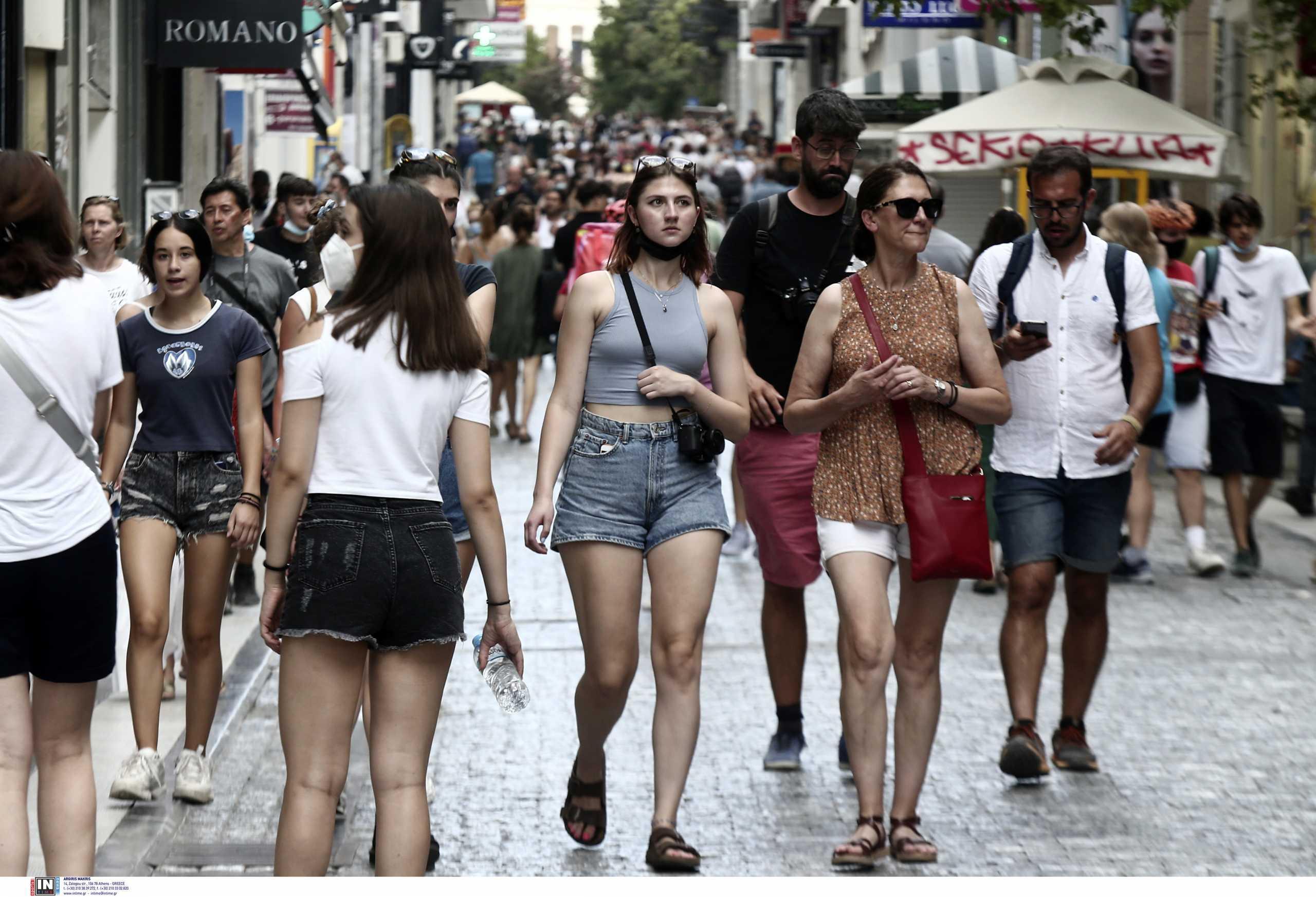 Κορονοϊός: 1061 κρούσματα στην Αττική, «επιμένει» η Κρήτη – Ο χάρτης της διασποράς