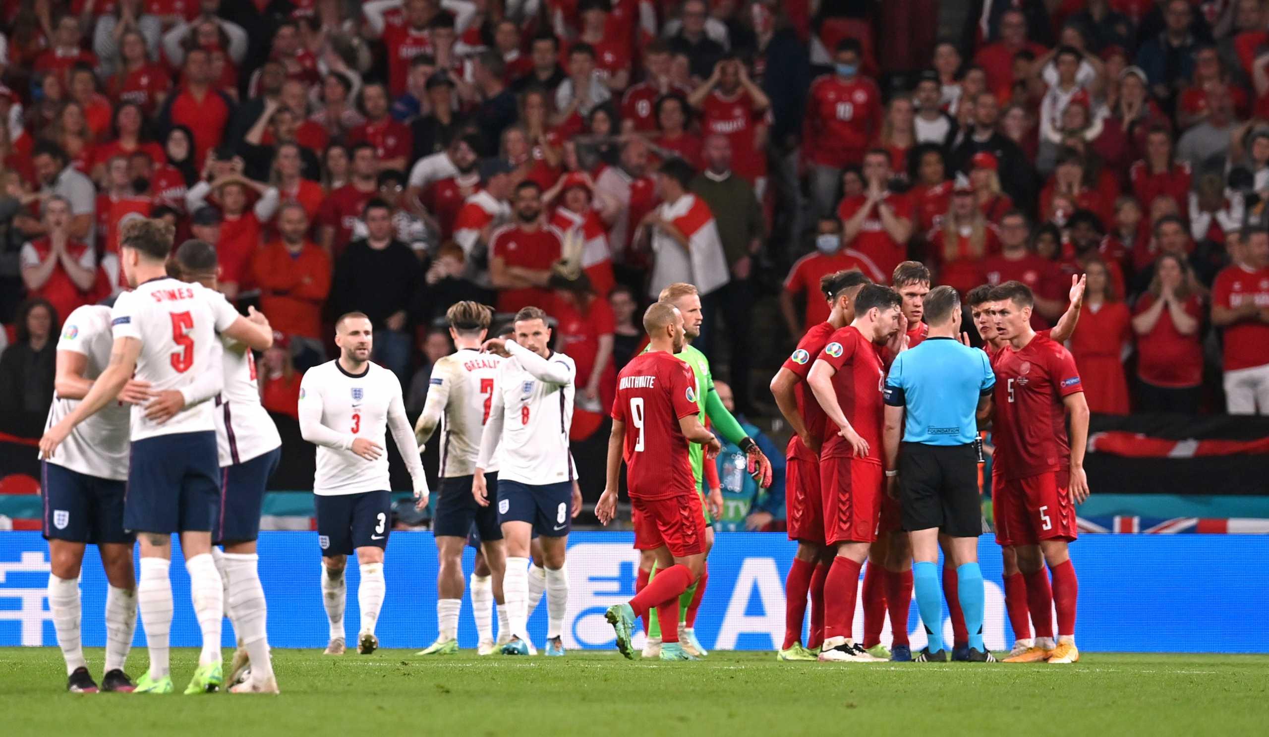 Euro 2020: Διαδικτυακό «γλέντι» στους Άγγλους για το πέναλτι με τη Δανία