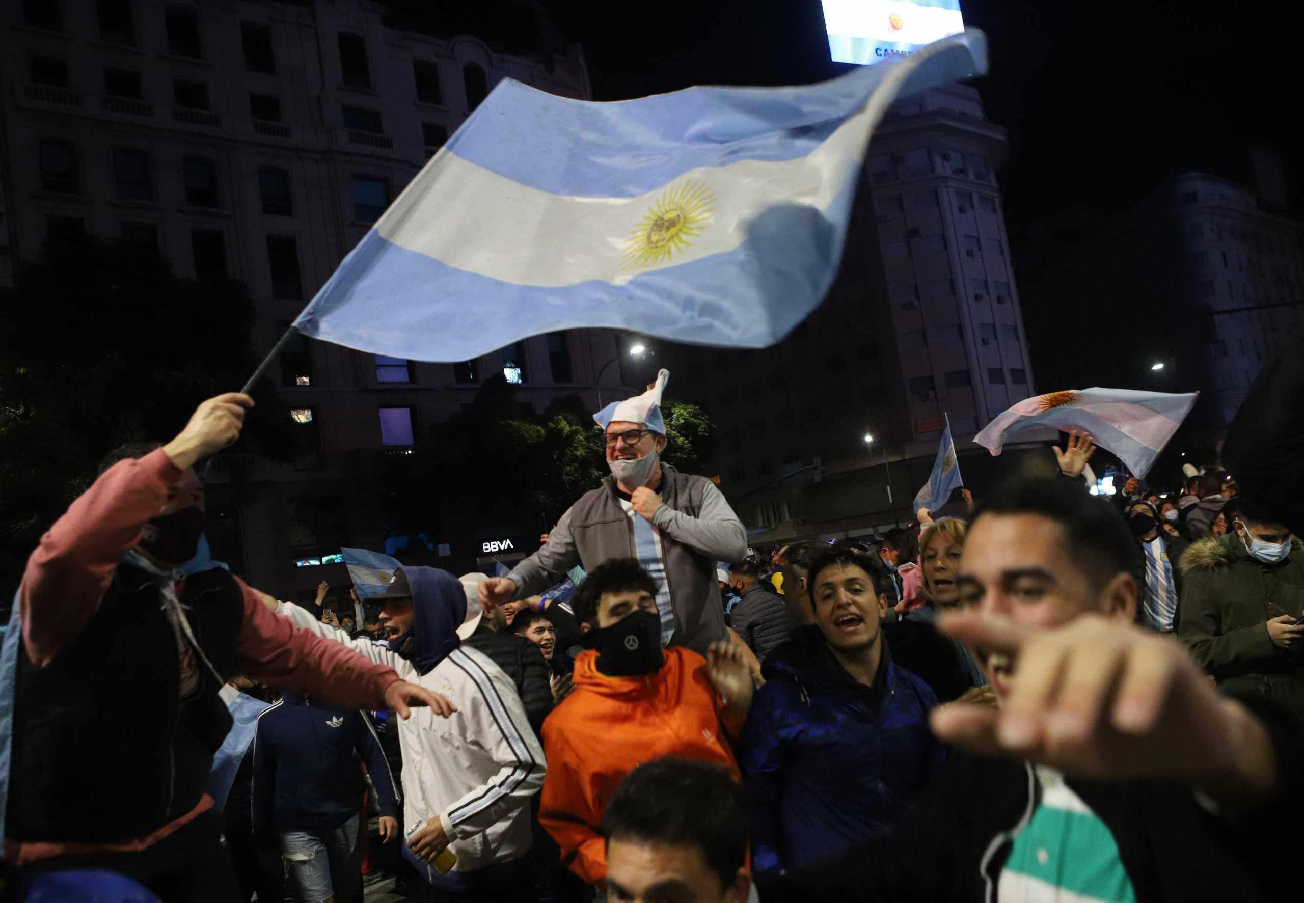 Η Αργεντινή στους δρόμους – Πανηγύρισαν για την κατάκτηση του Copa America
